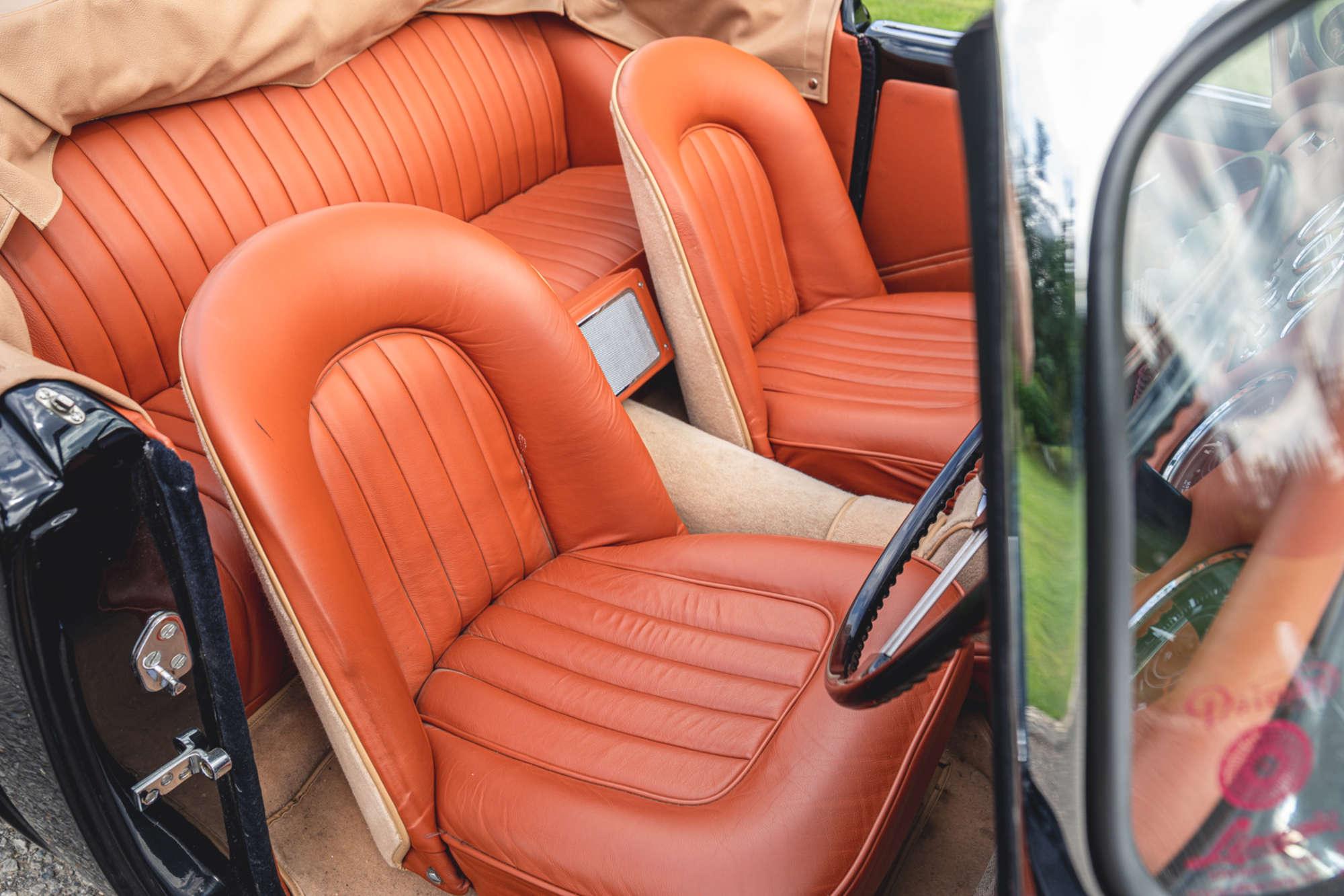 1961 Daimler SP250 Ex Metro Police interior seats
