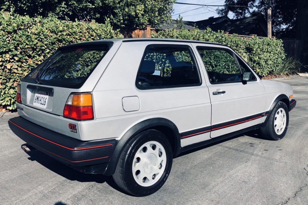 1987 Volkswagen Golf GTI 16V rear three-quarter