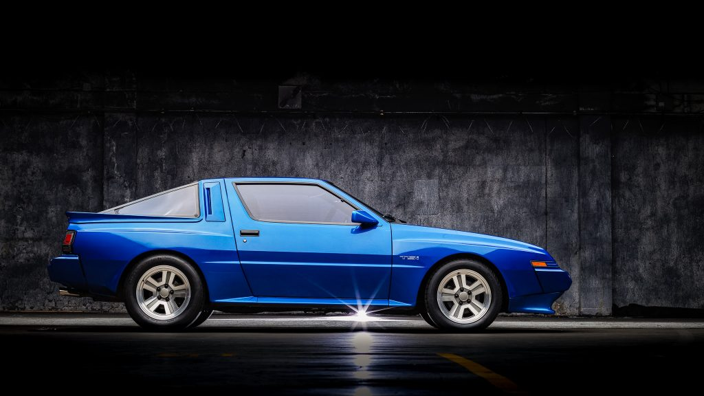 1988 Chrysler Conquest TSi side profile