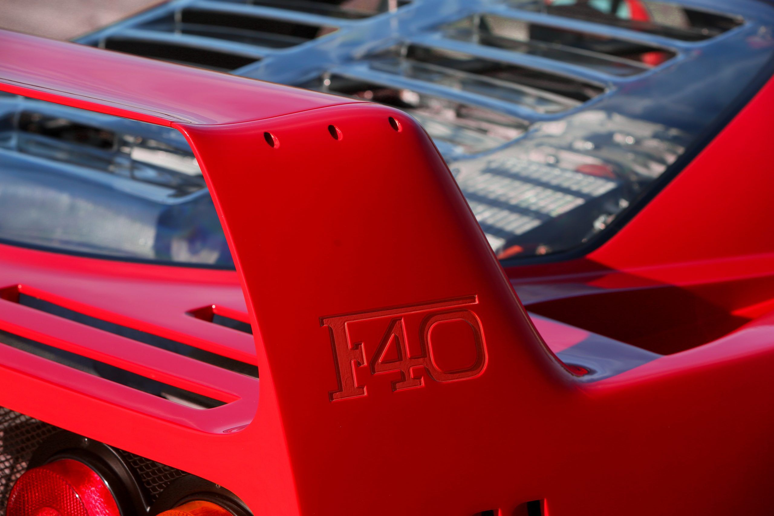 1991 Ferrari F40 rear wing signature