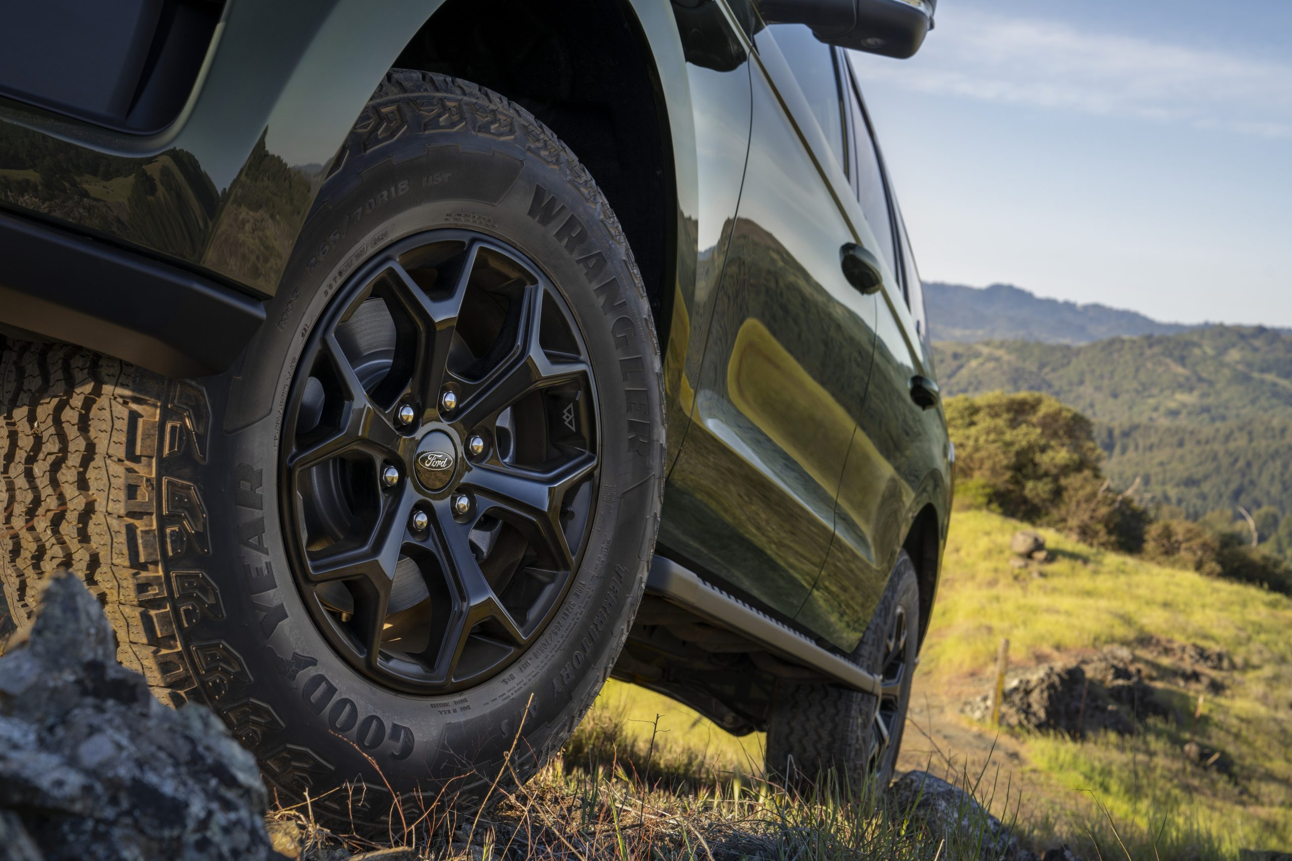 2022 Ford Expedition Timberline off-road tires