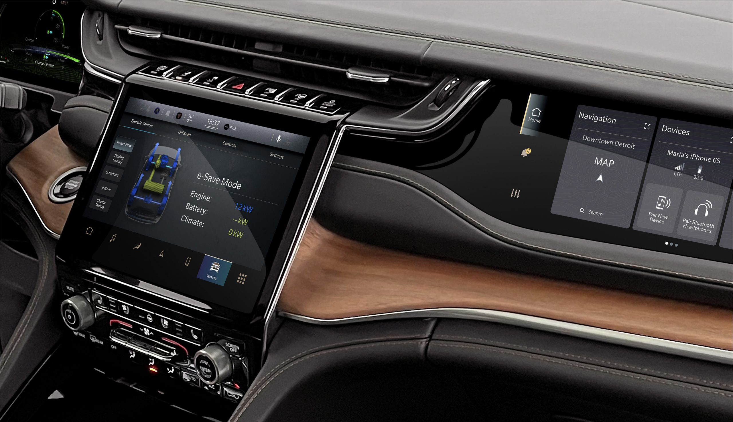 2022 Jeep Grand Cherokee interior UConnect screens