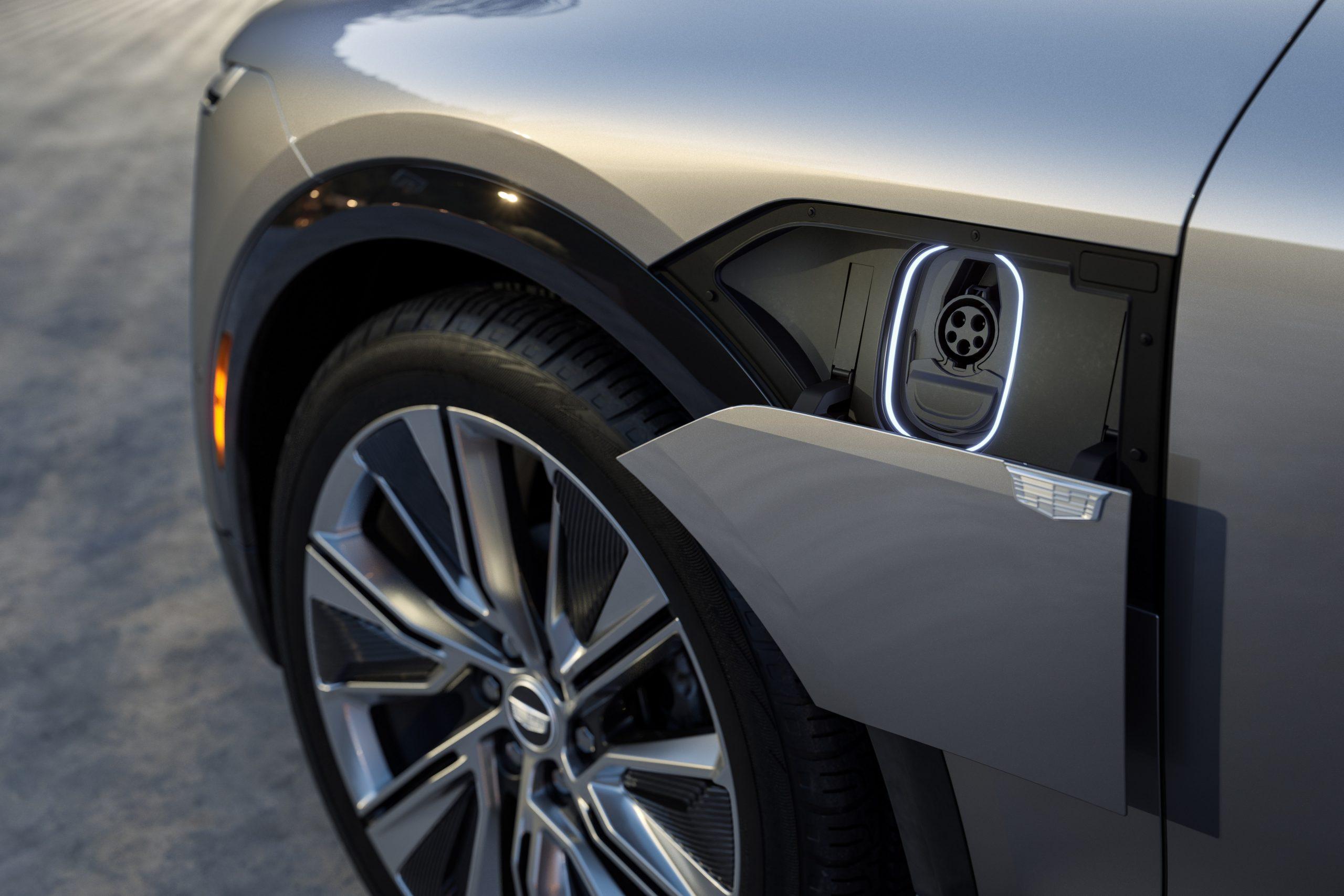2023 Cadillac LYRIQ charging port