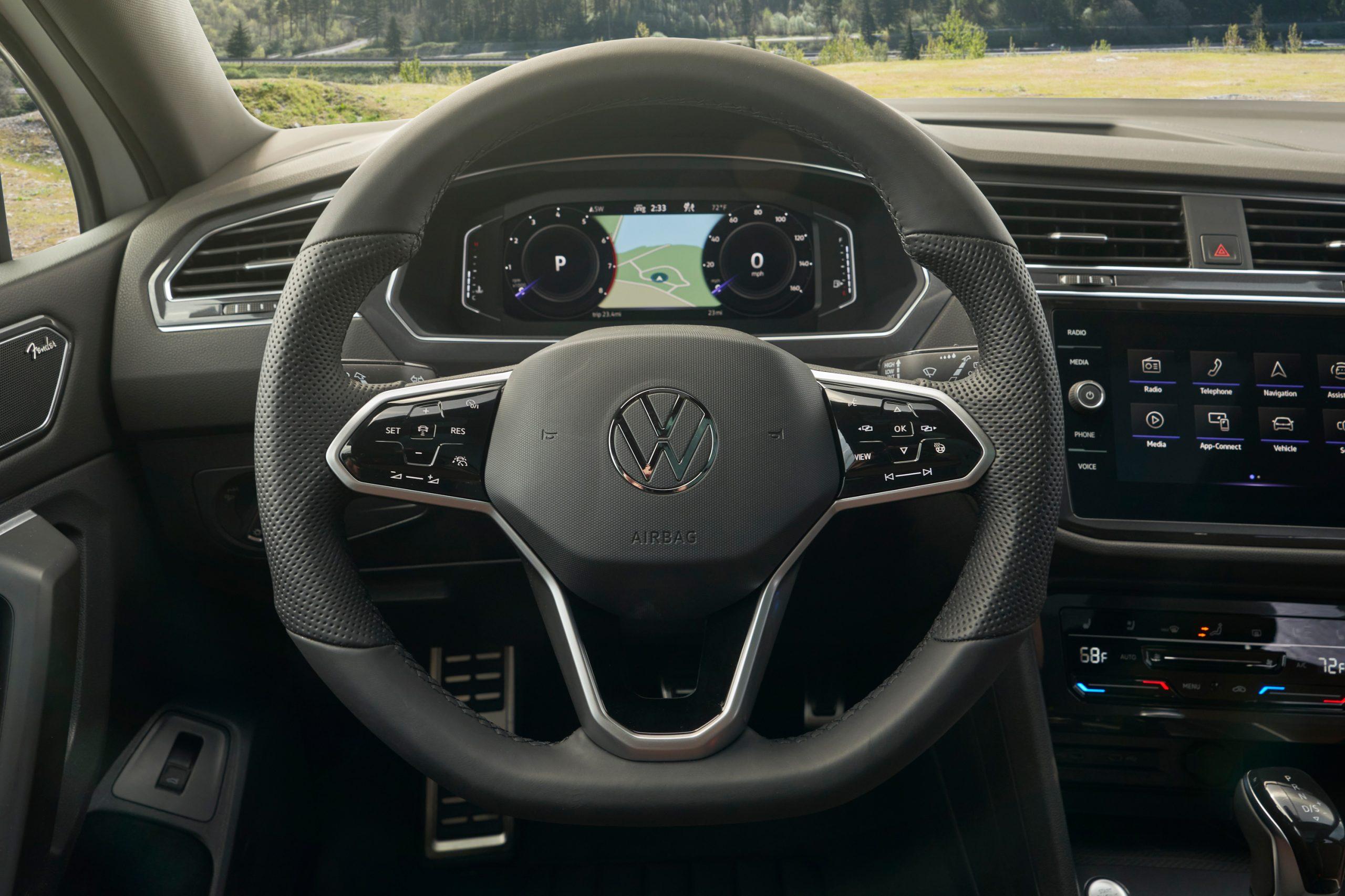 2022 VW Tiguan SEL R-Line steering wheel