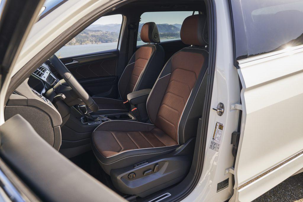 2022 VW Tiguan SEL R-Line interior seats