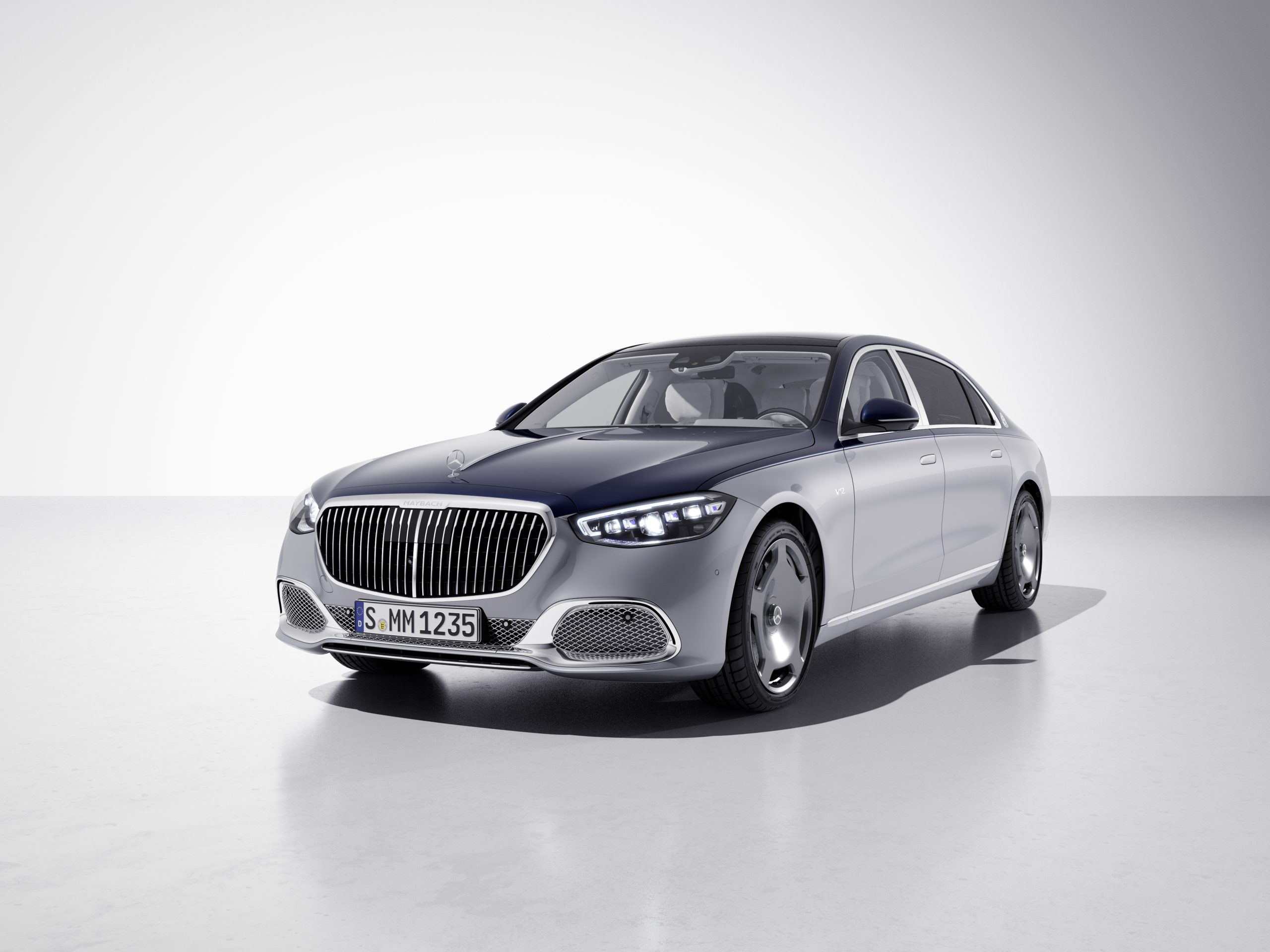Mercedes-Maybach 100 1