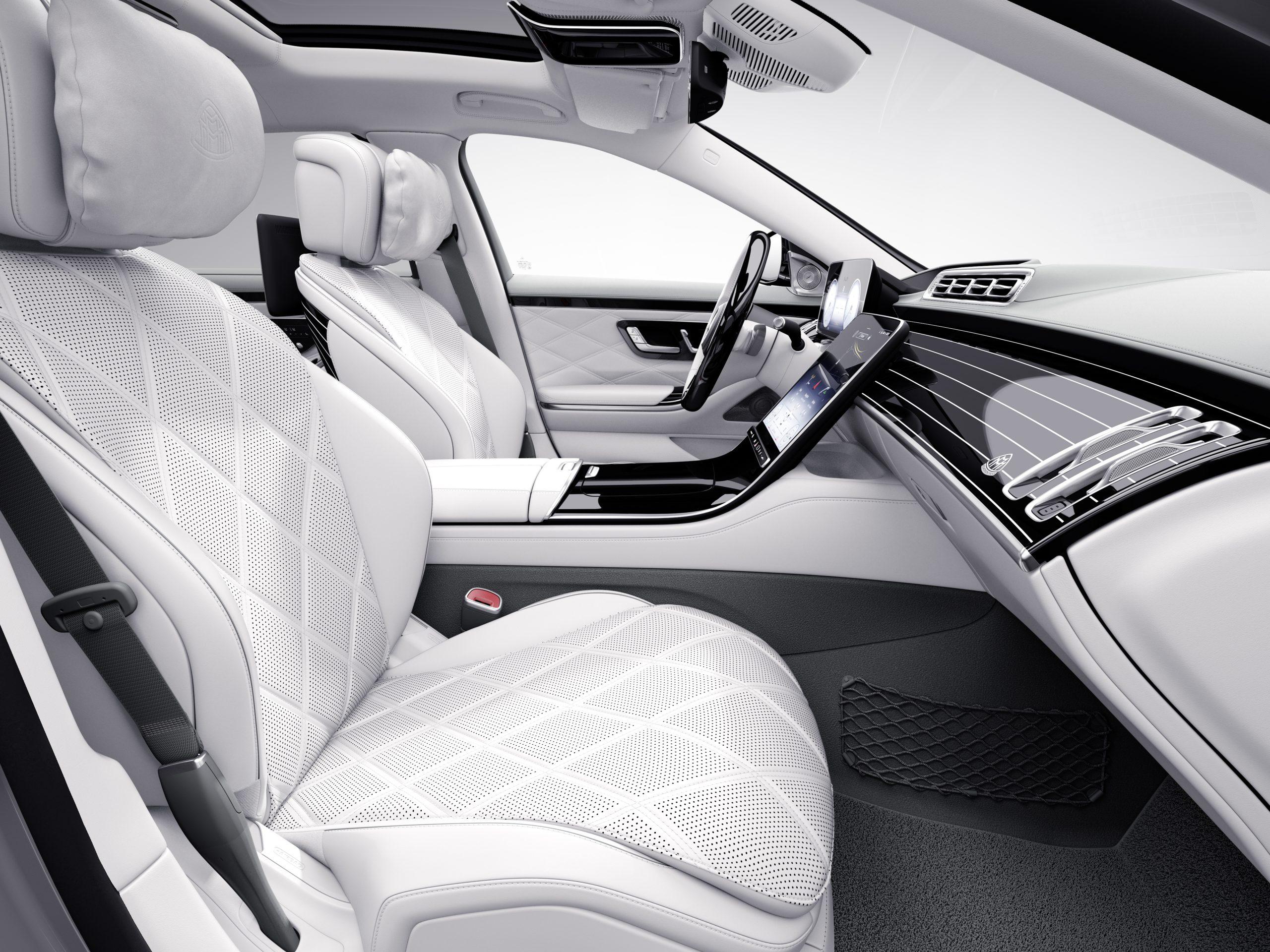 Mercedes-Maybach 100 5