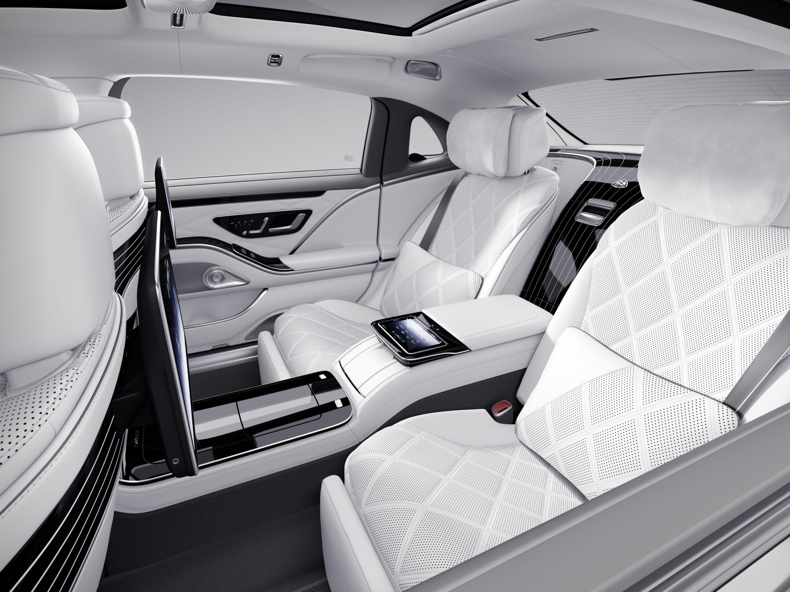 Mercedes-Maybach 100 6