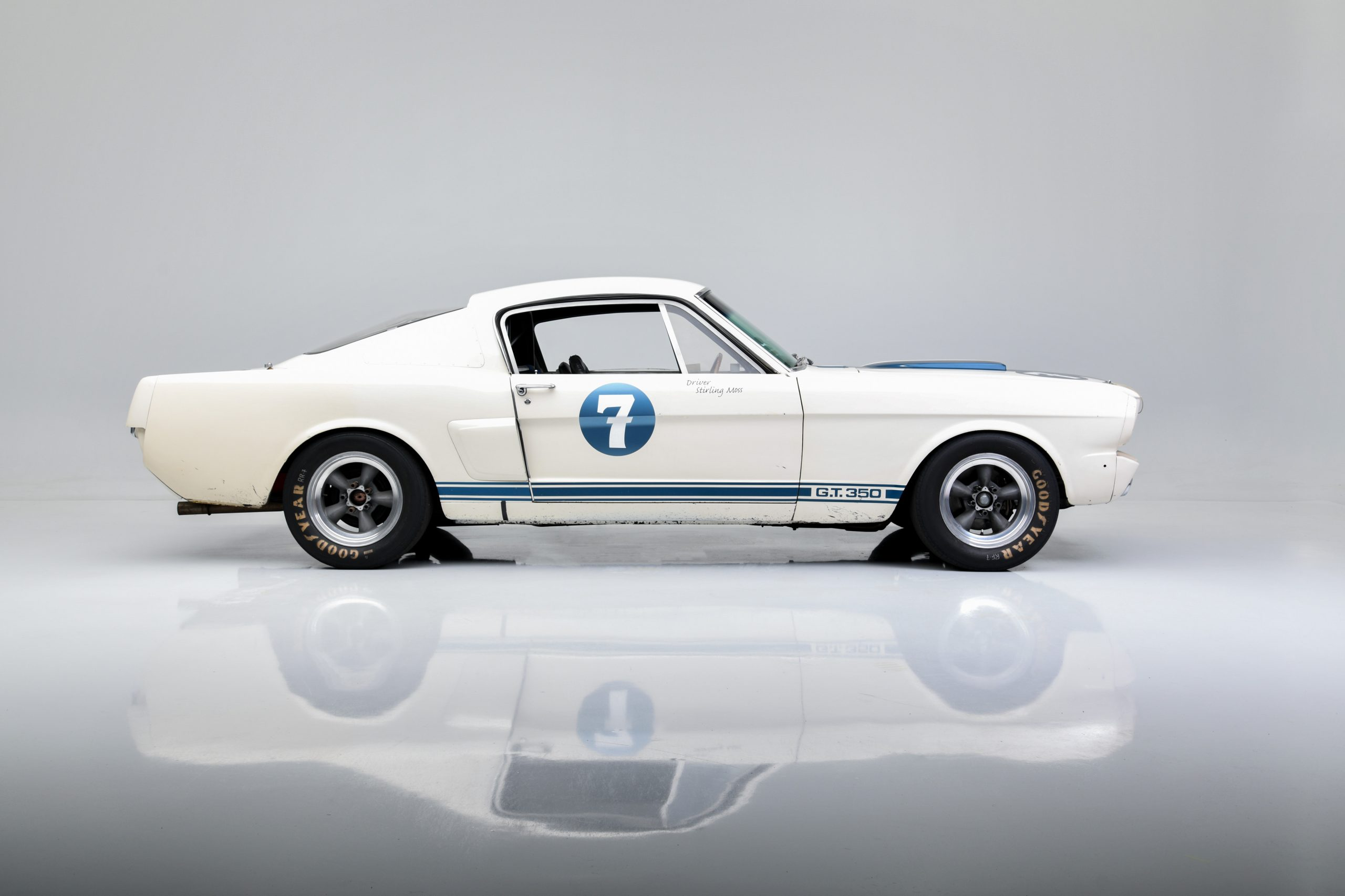 Sir Stirling Moss GT 350 side profile