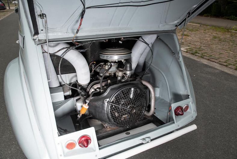 1966 Citroën 2CV Sahara AZ 4x4 engine