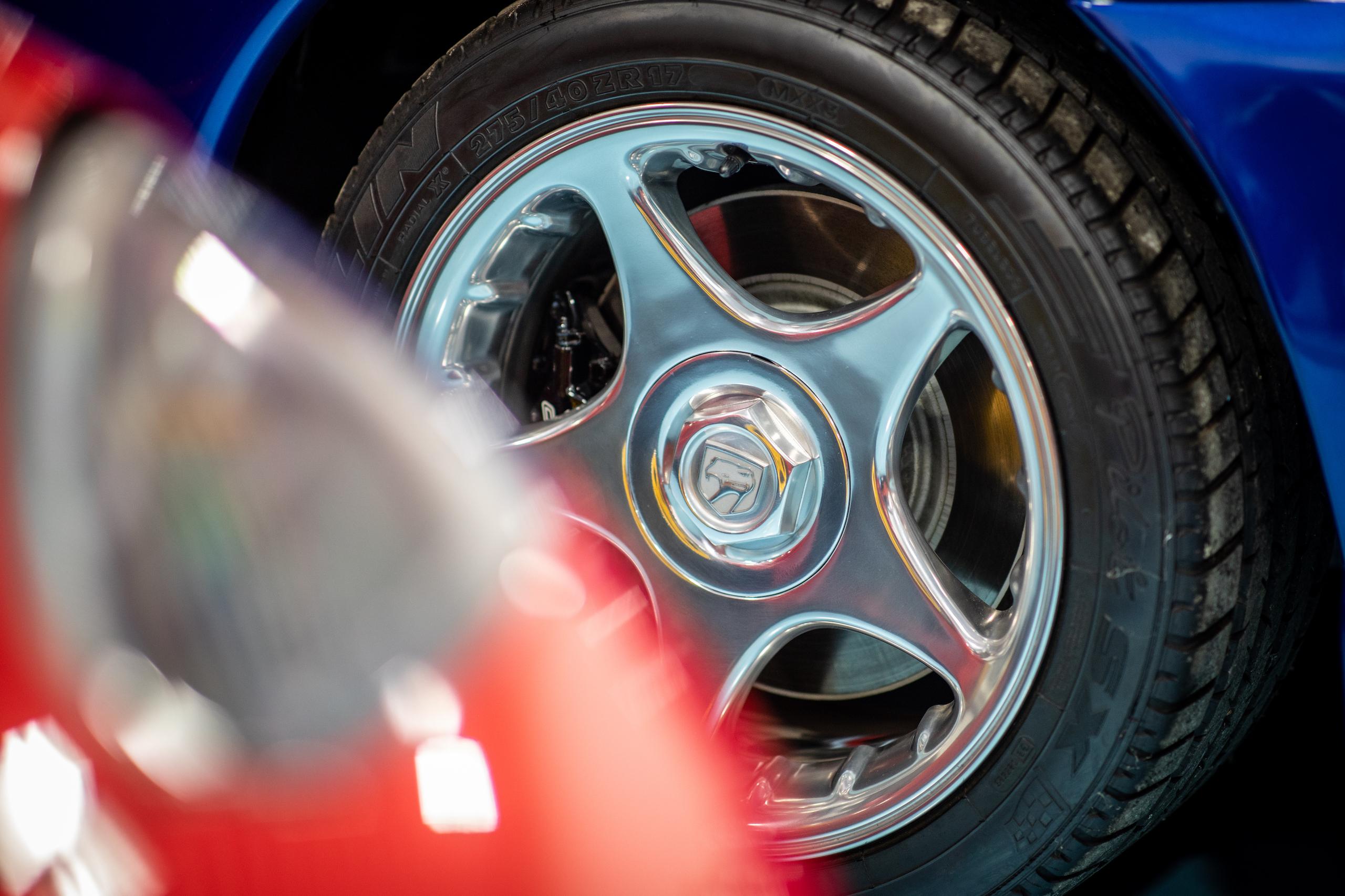 Viper collection wheel tire