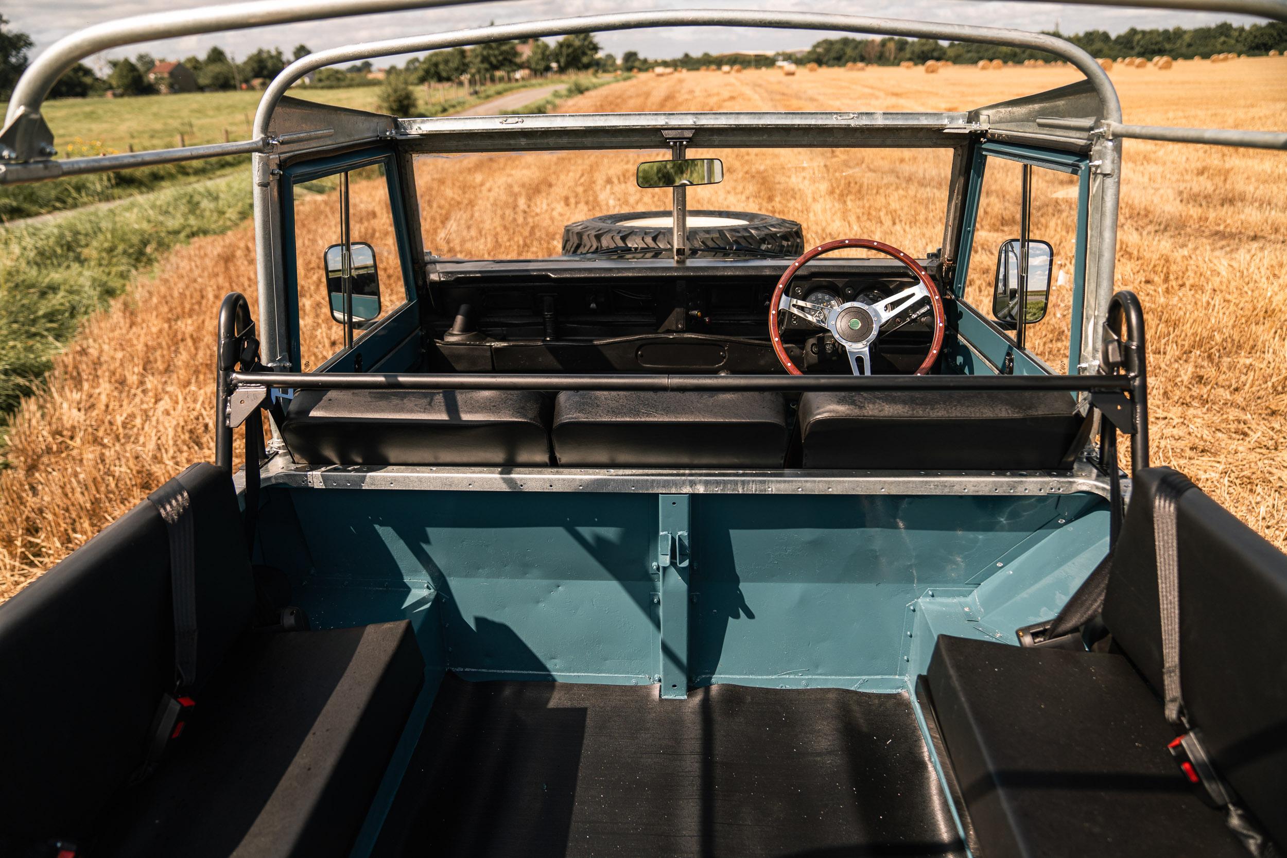 1982 Land Rover interior rear