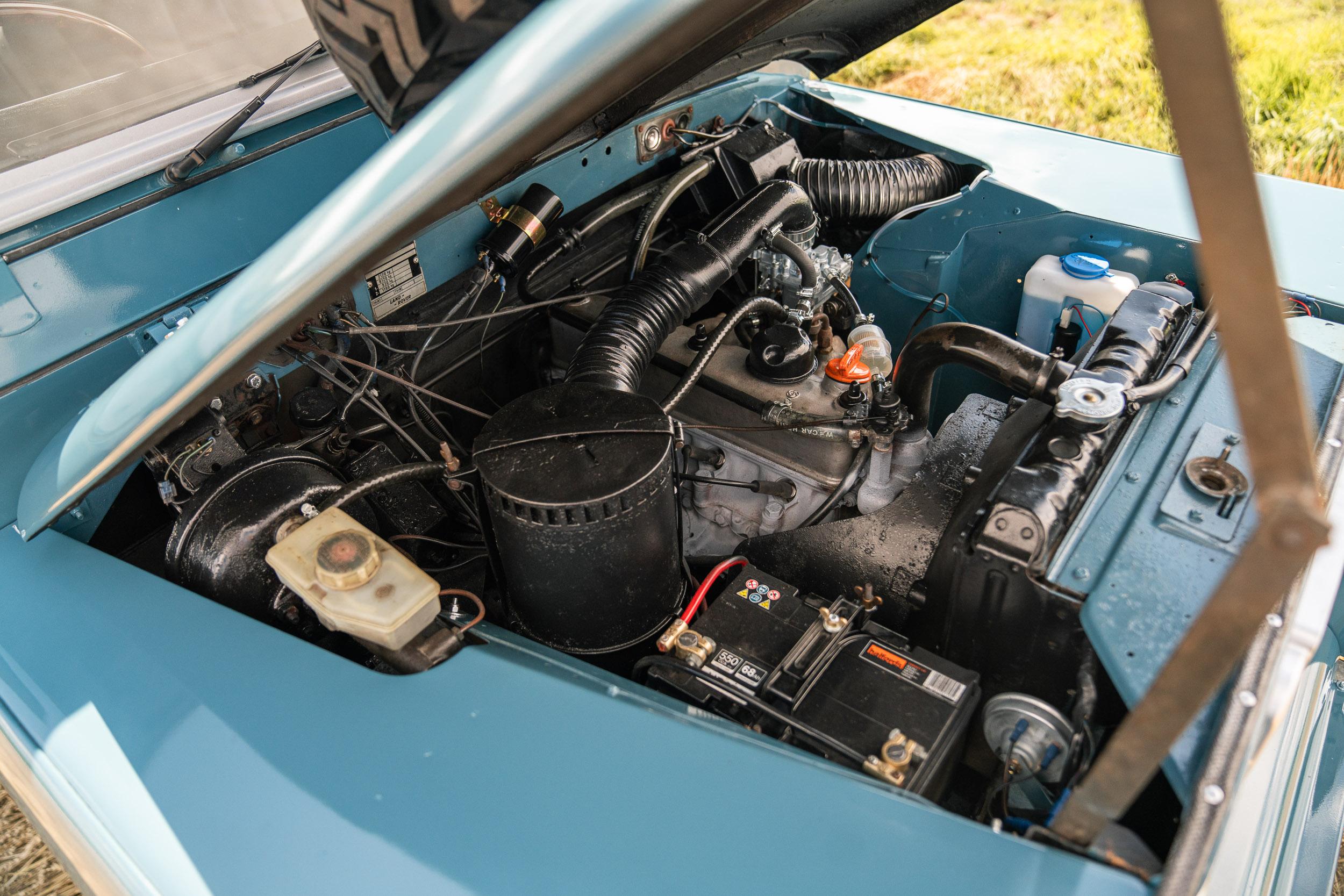 1982 Land Rover engine bay