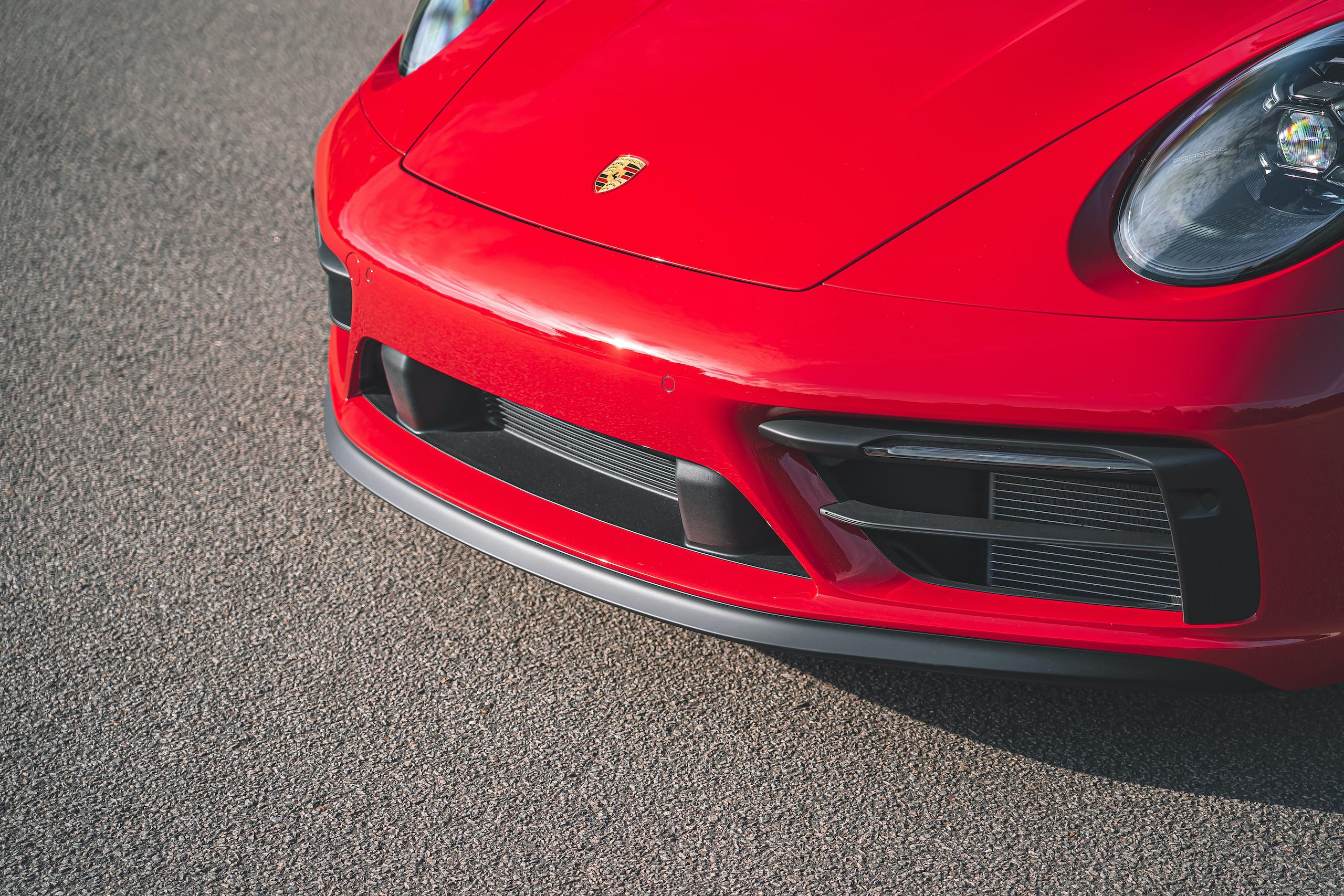 Porsche 911 GTS front end