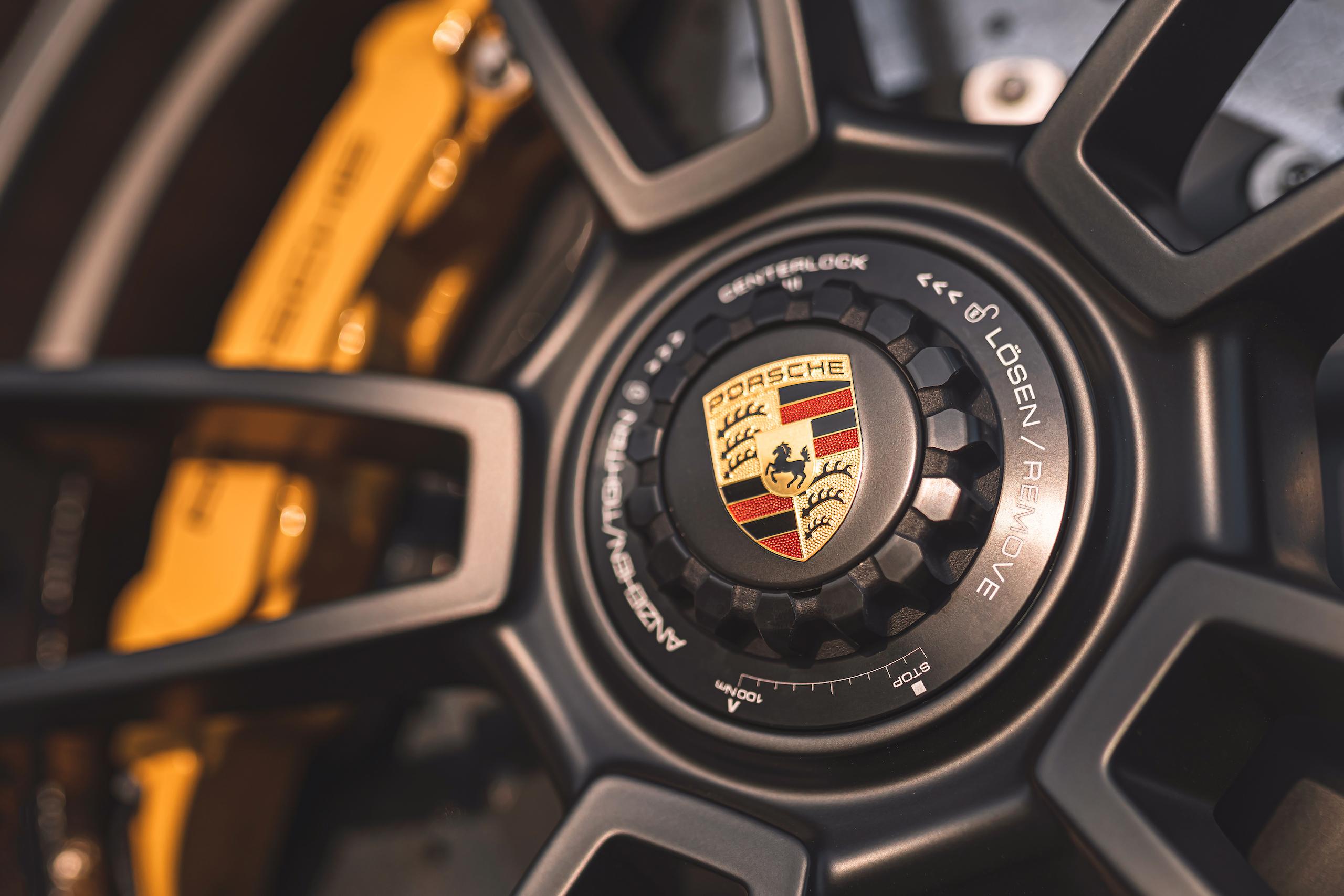Porsche 911 GTS wheel hub detail