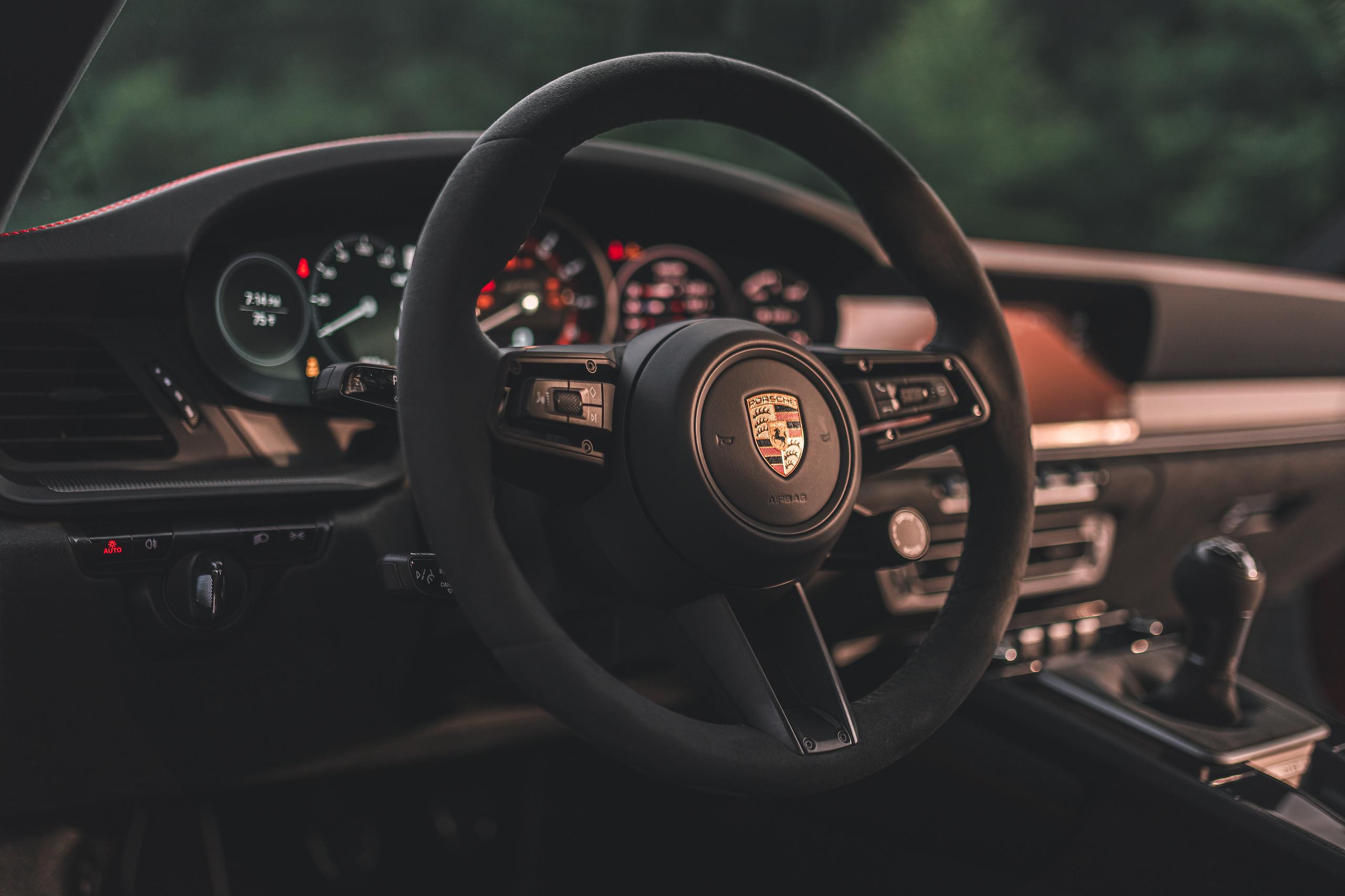 Porsche 911 GTS interior steering wheel