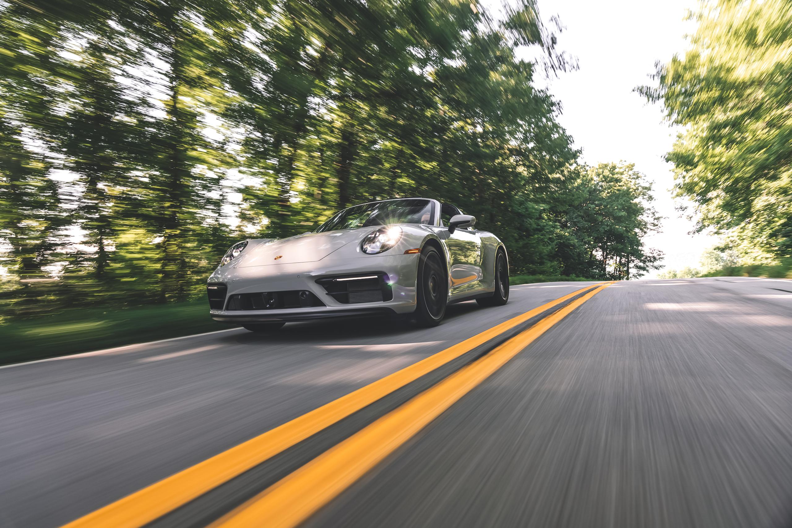 Porsche 911 Targa 4 GTS front three-quarter action