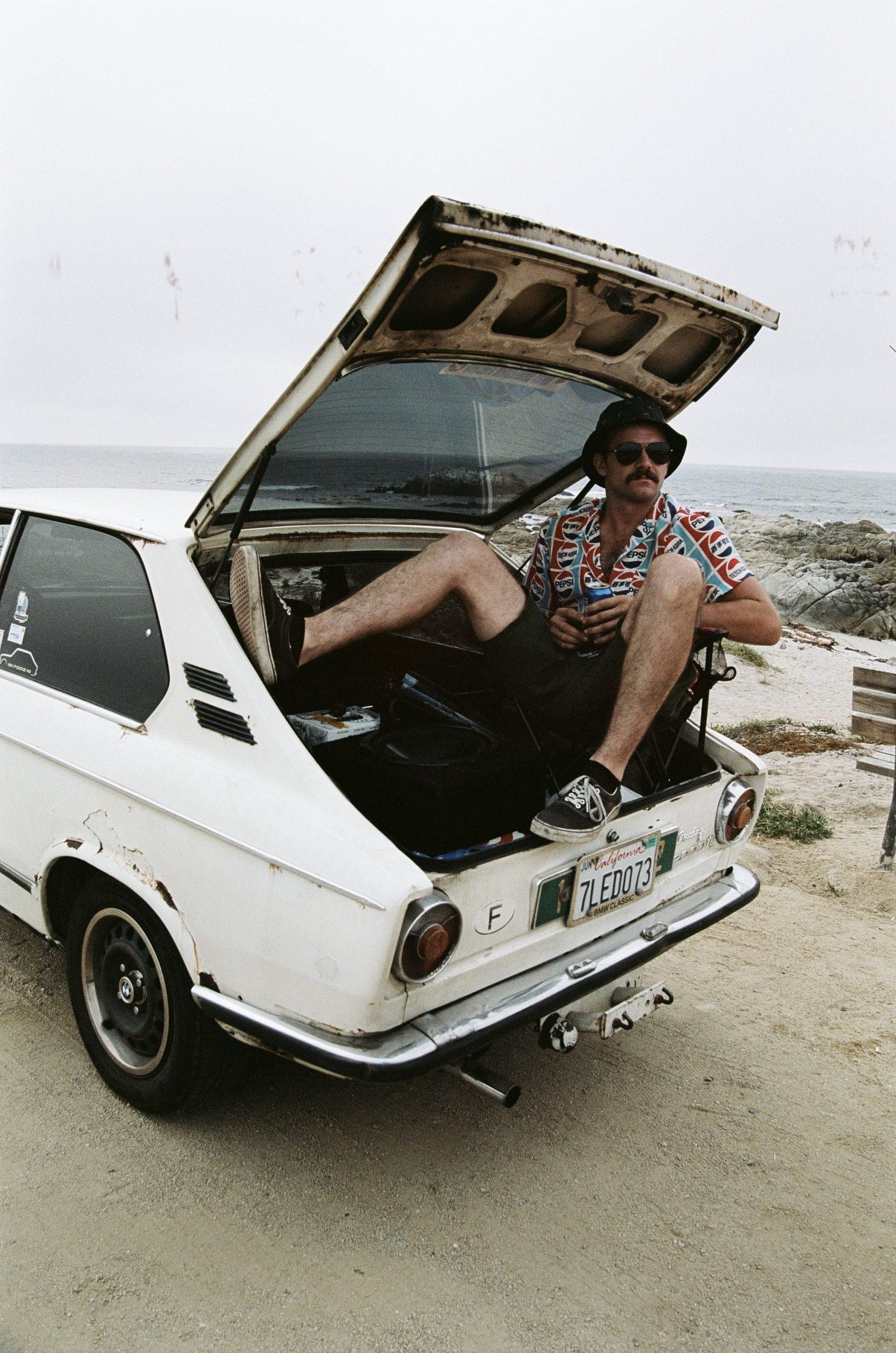 BMW 2002 trunk seat