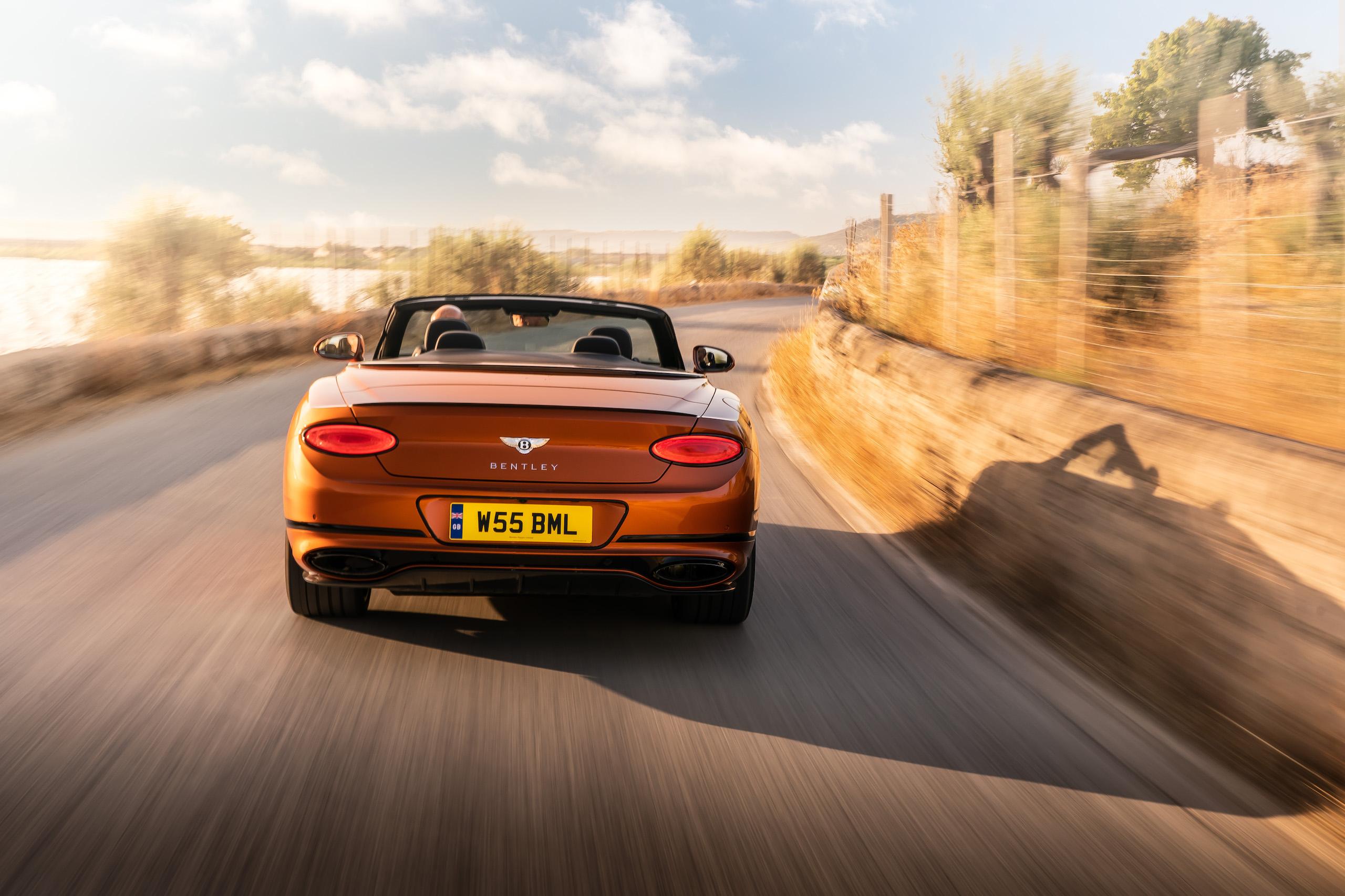 Bentley GT Speed Convertible rear action