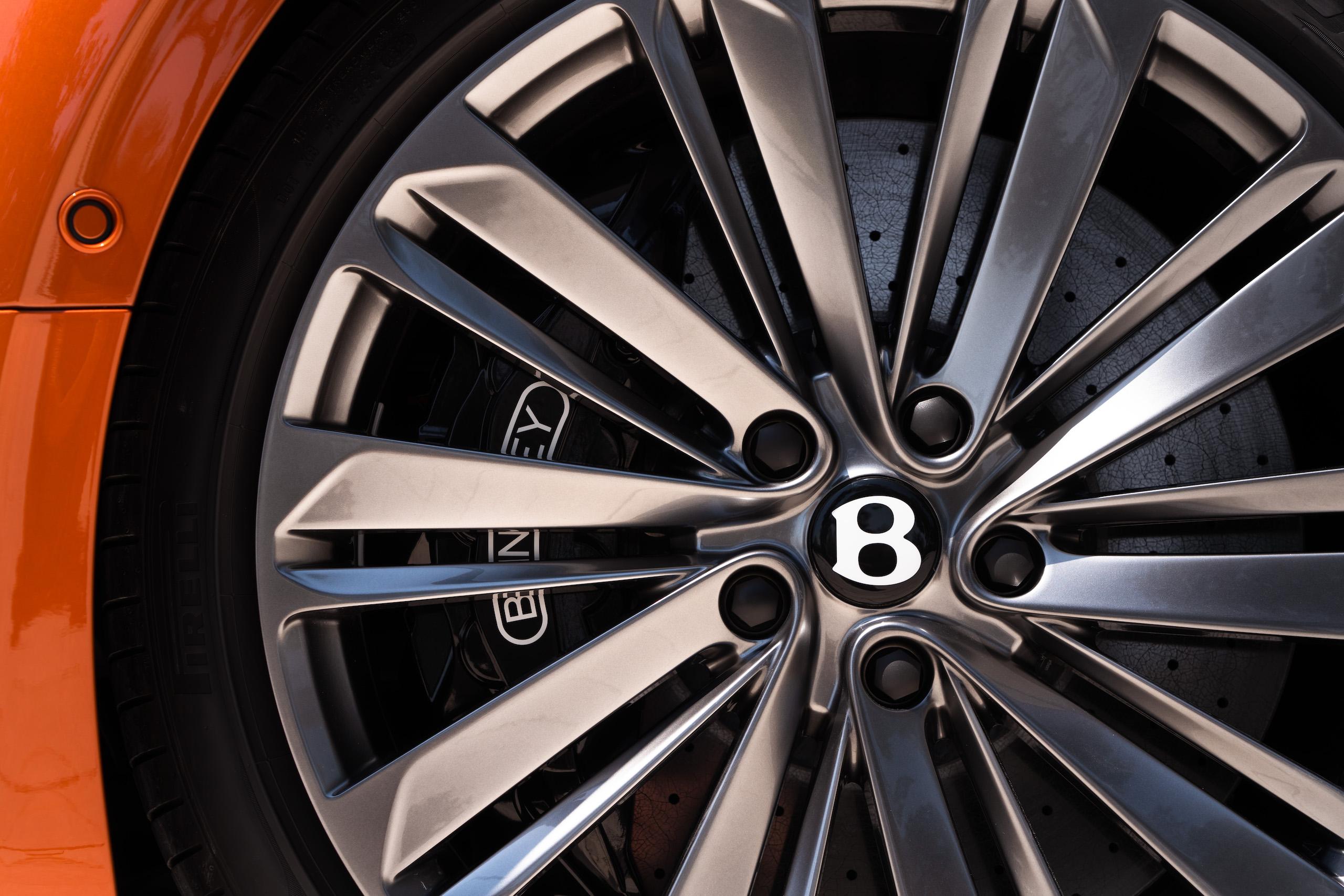 Bentley GT Speed Convertible wheel