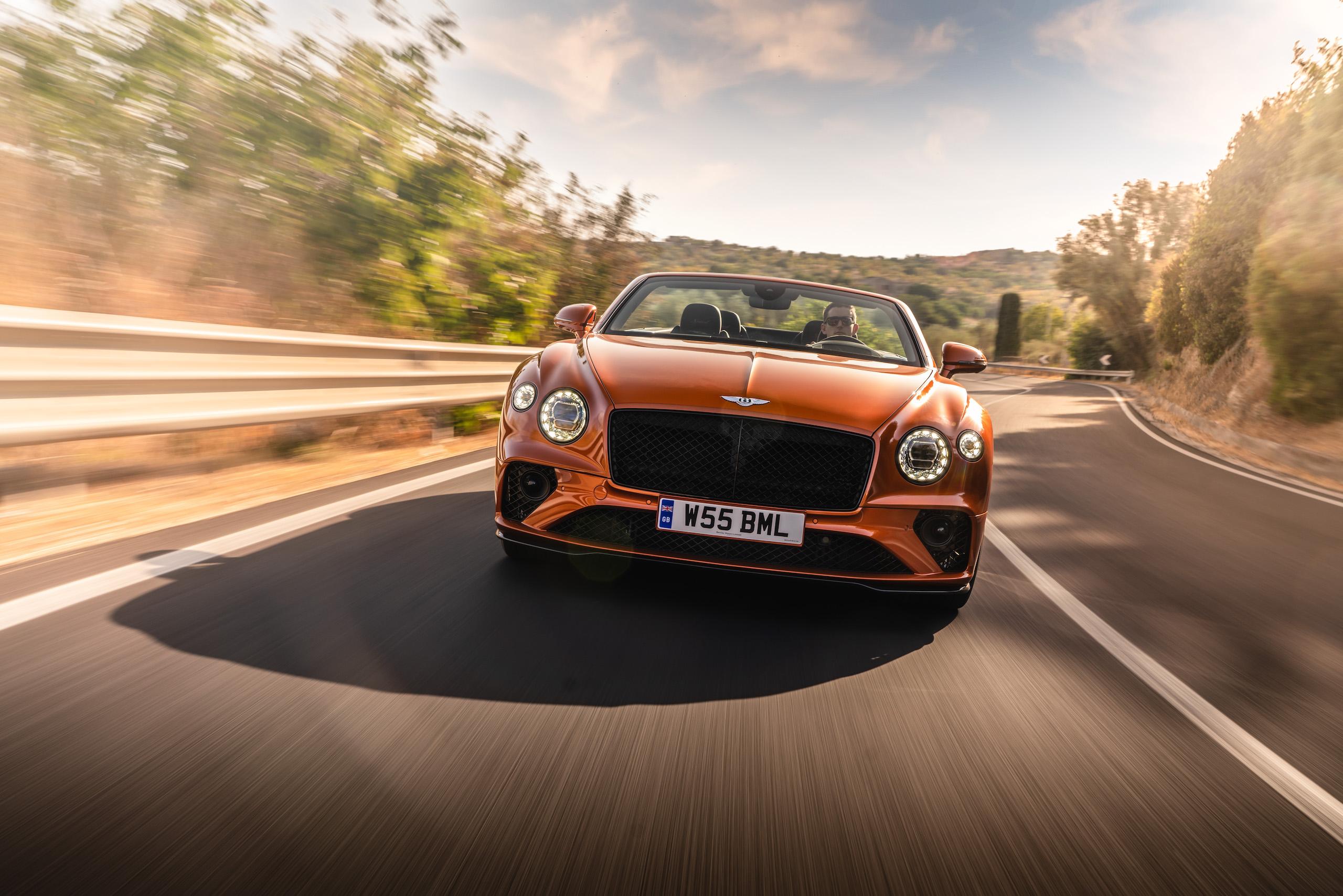 Bentley GT Speed Convertible front action