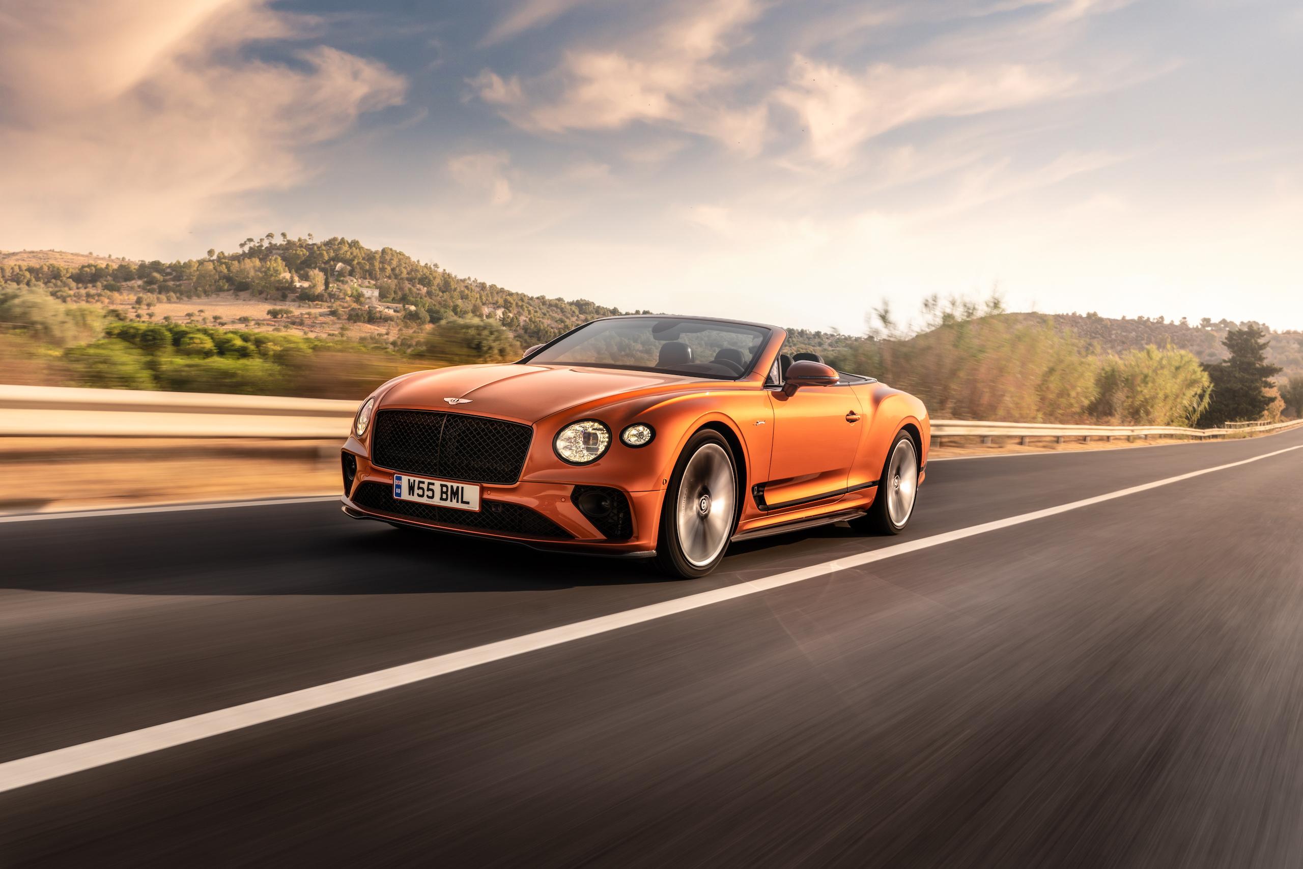 Bentley GT Speed Convertible front three-quarter action