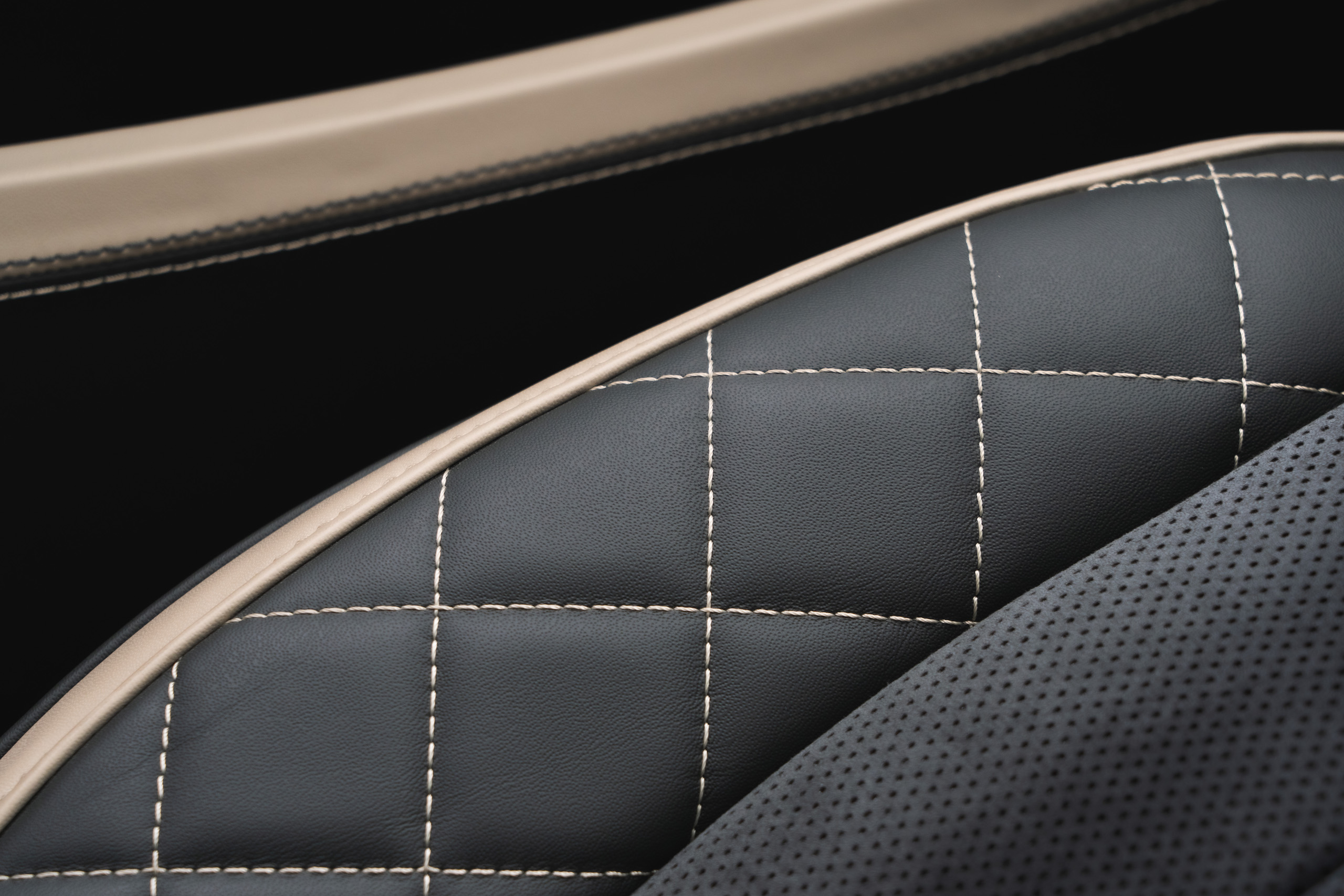 Bentley GT Speed Coupe contrast stitching