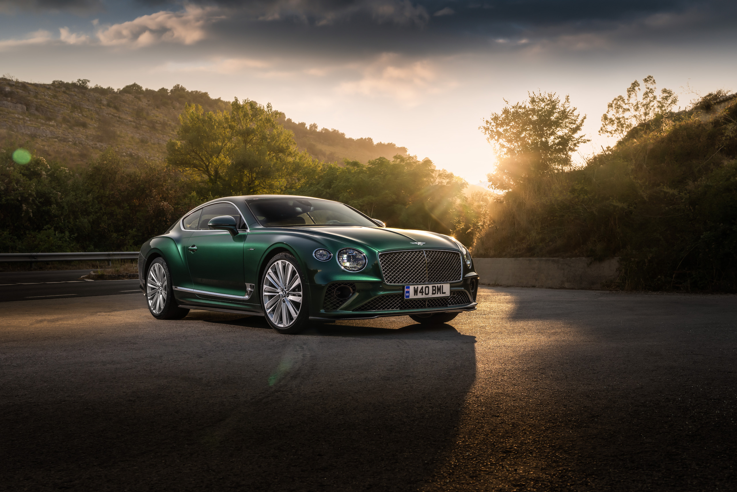 Bentley GT Speed Coupe front three-quarter