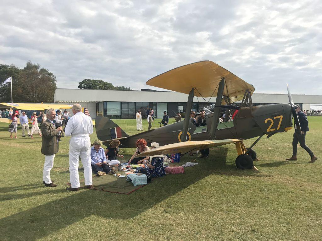 1941 De Havilland 82A Tiger Moth