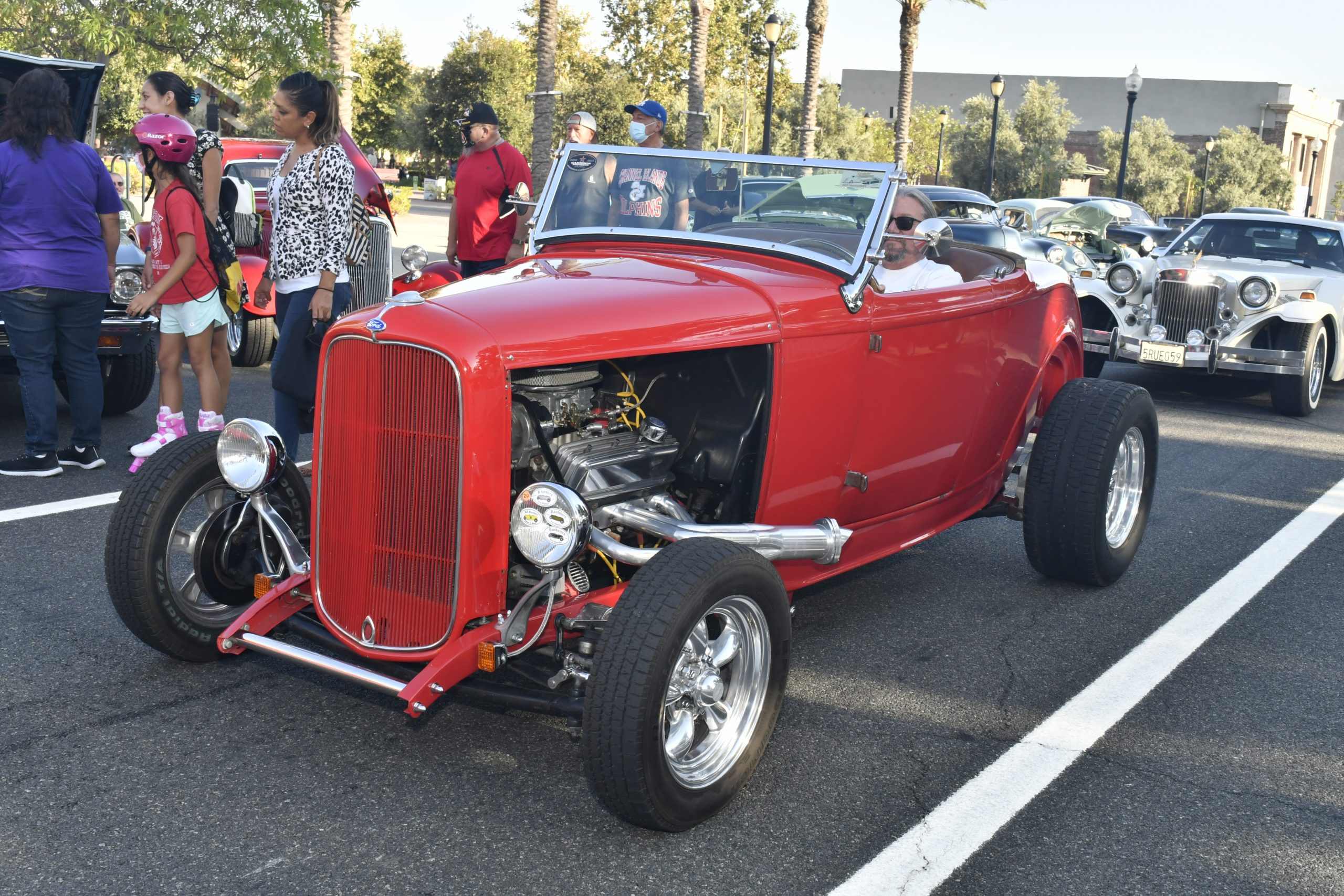 Route 66 Reunion rear hot rod 32 ford