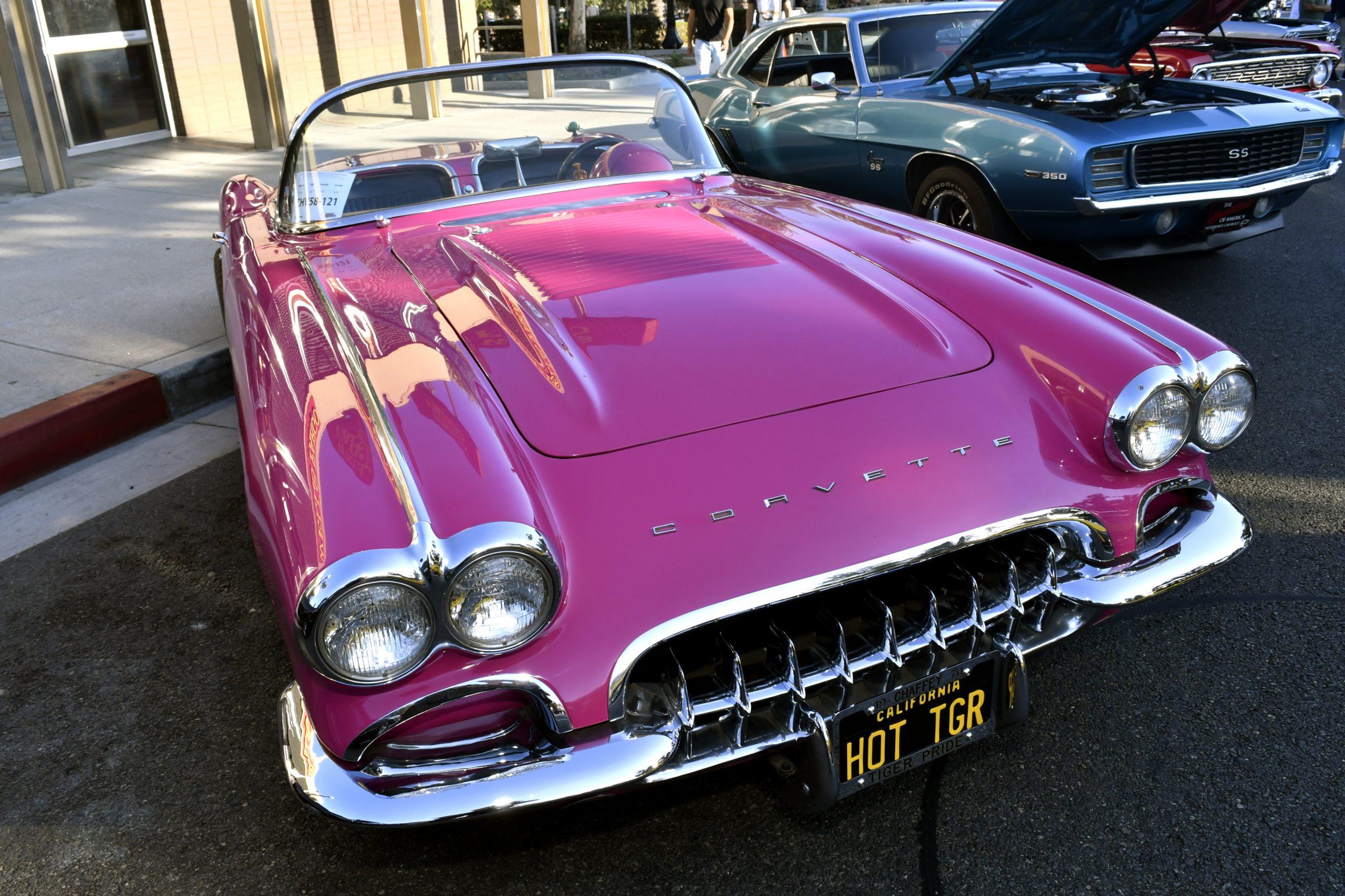 Route 66 Reunion corvette pink