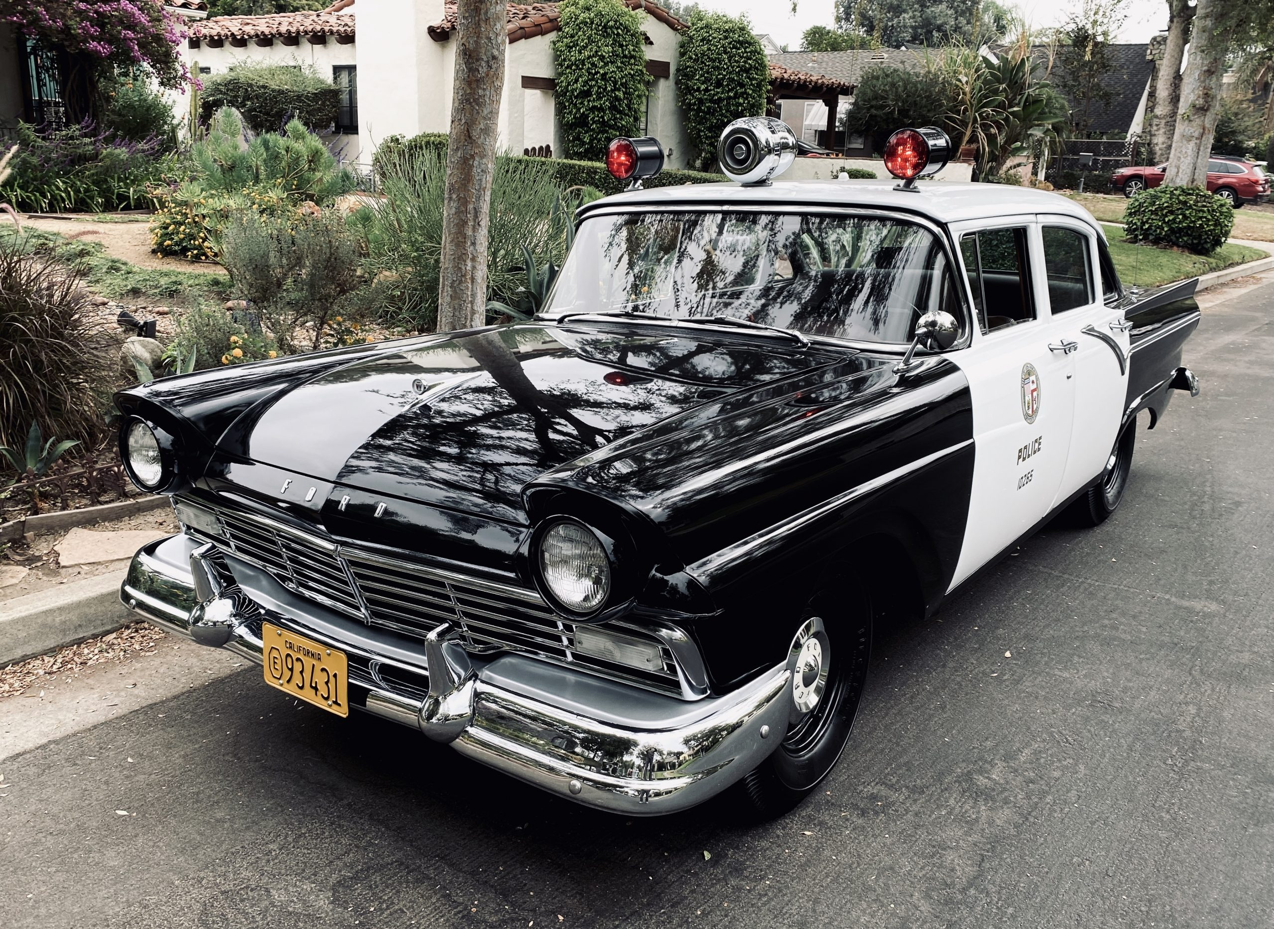vintage ford cop car front three-quarter