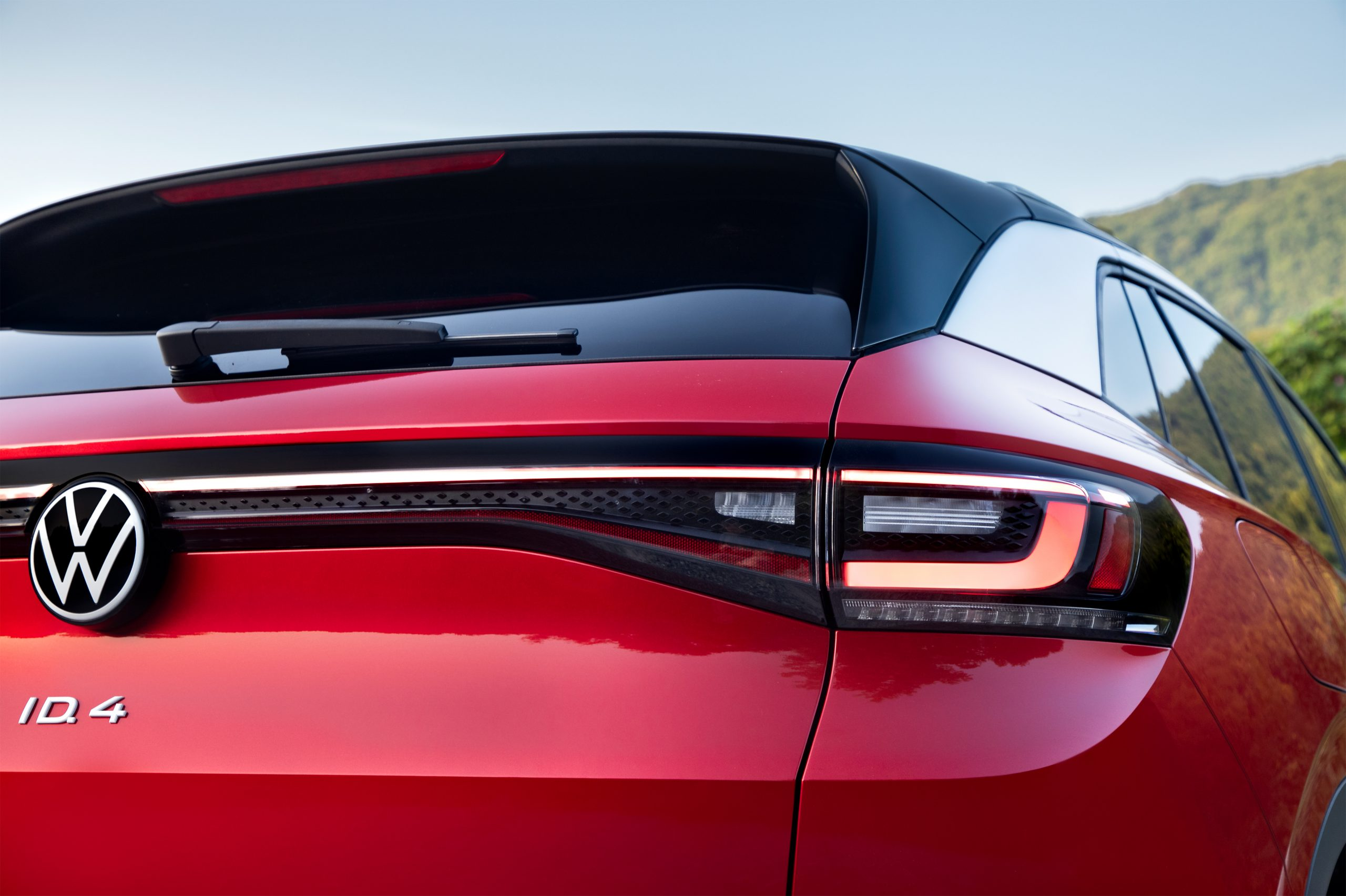 VW ID.4 AWD Pro S taillight line