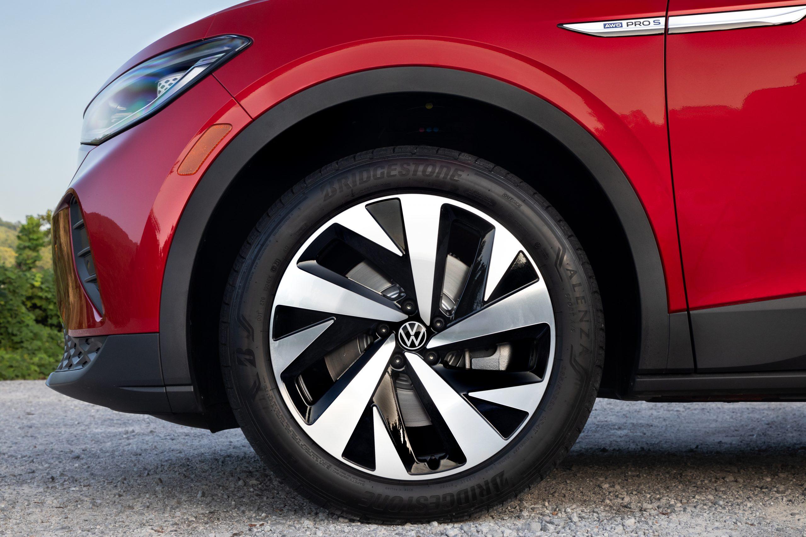 VW ID.4 AWD Pro S front wheel brake tire