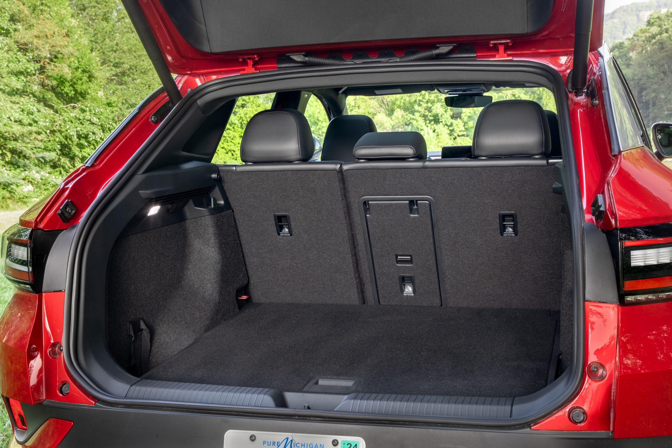 VW ID.4 AWD Pro S rear trunk room