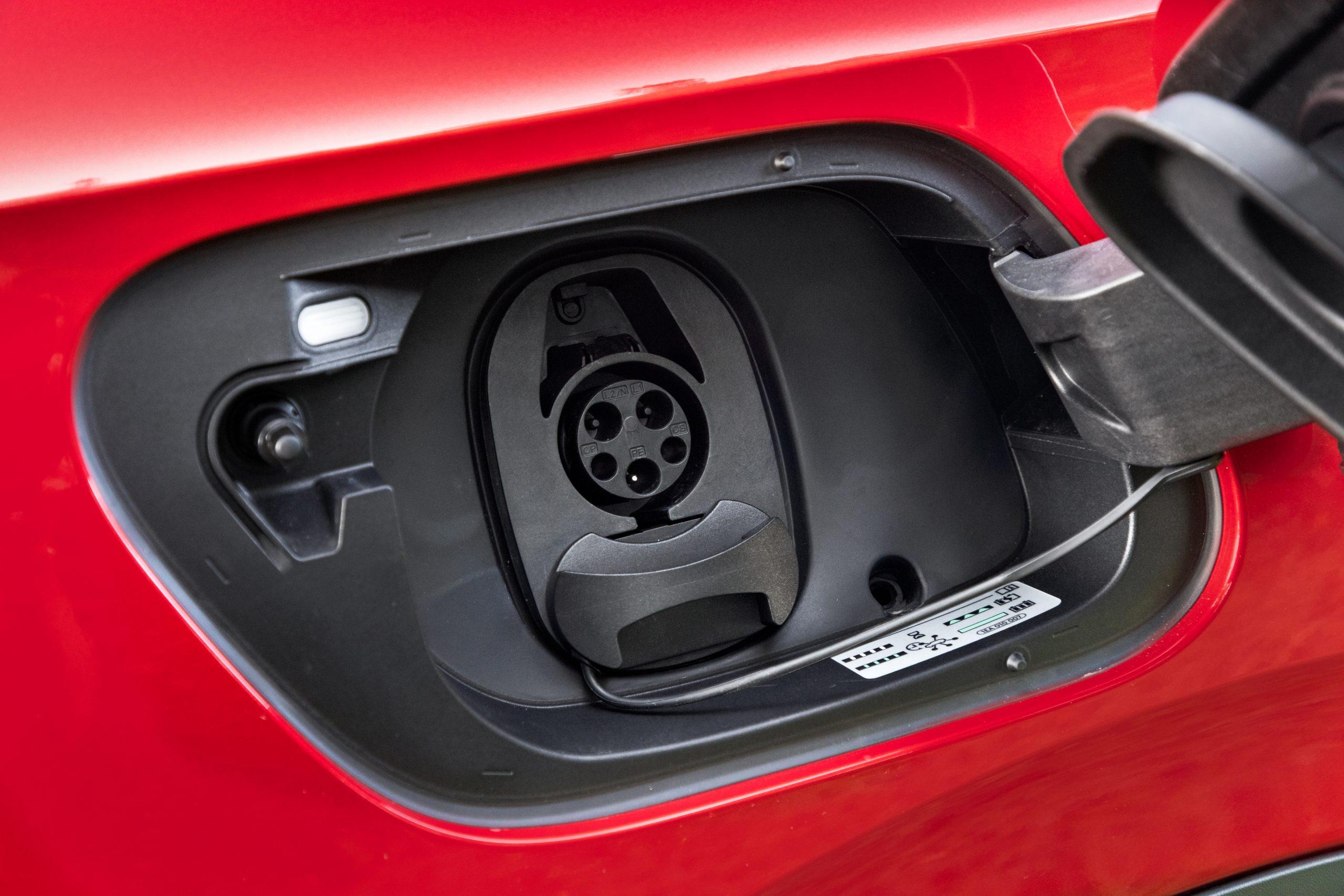 VW ID.4 AWD Pro S charging port