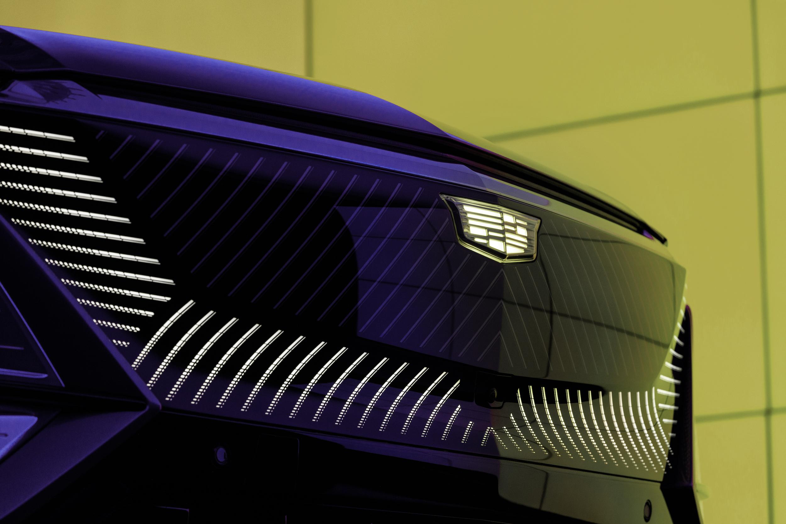 2023 Cadillac Lyriq grille low