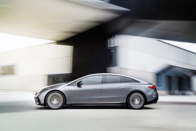 2021 Mercedes-AMG EQS 53 side profile action