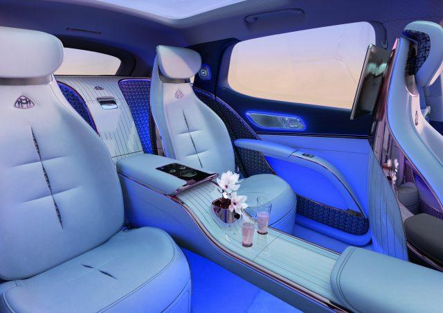 Mercedes Benz Maybach EQS Concept interior