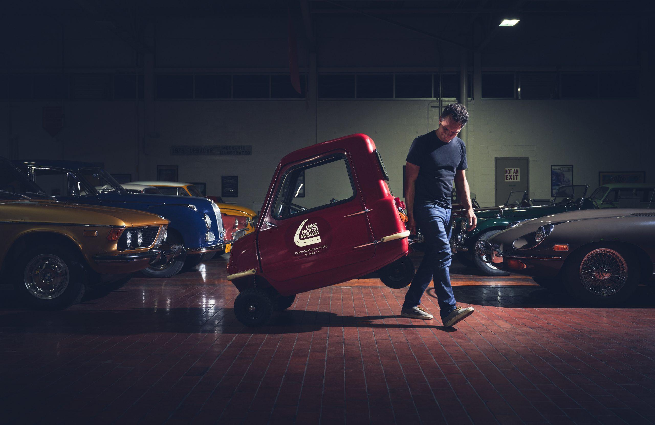 Nashville vintage car museum peel replica lift