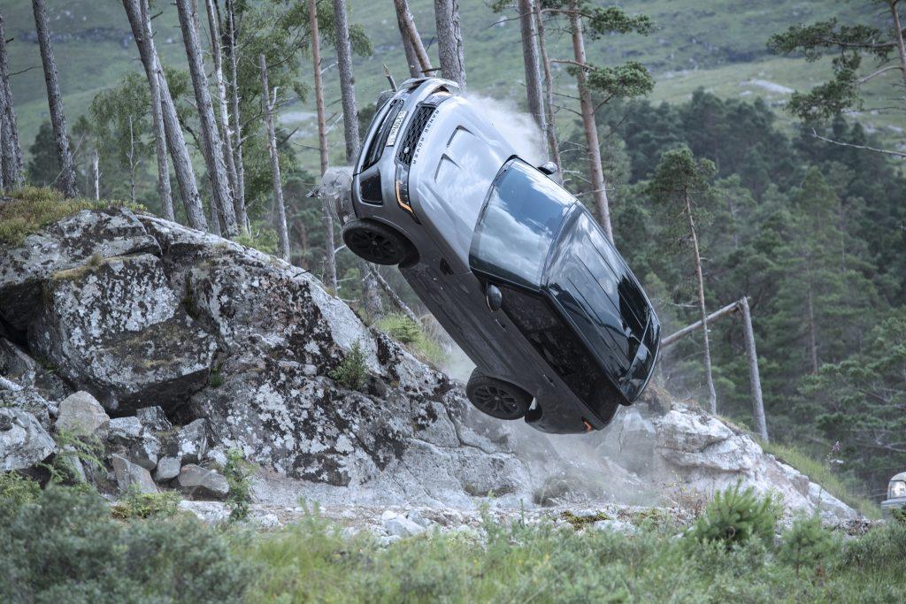 Range Rover Sport SVR No Time to Die