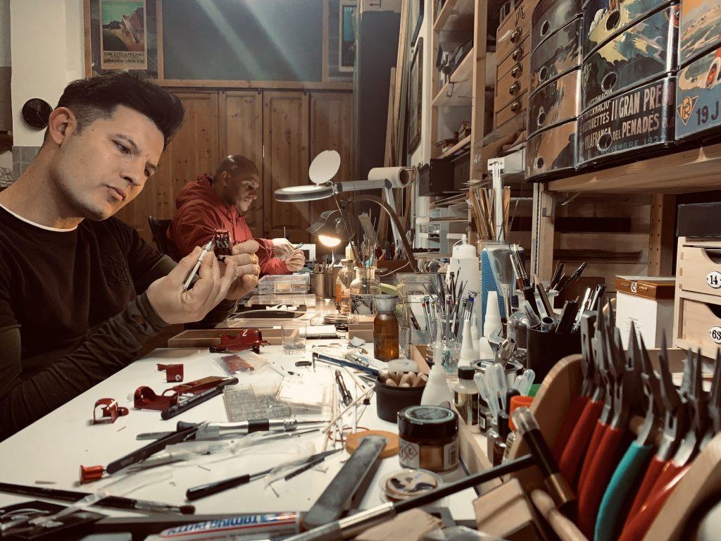 Ramon Cubiro miniatures at work