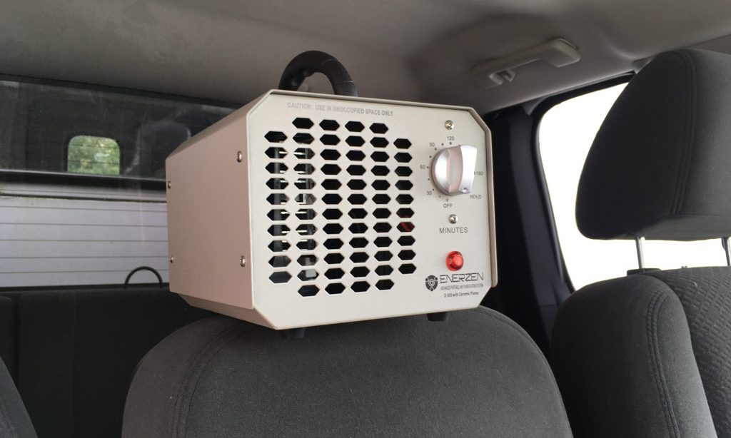 Rob Siegel - Mouse-infested truck - heater box - IMG_7323