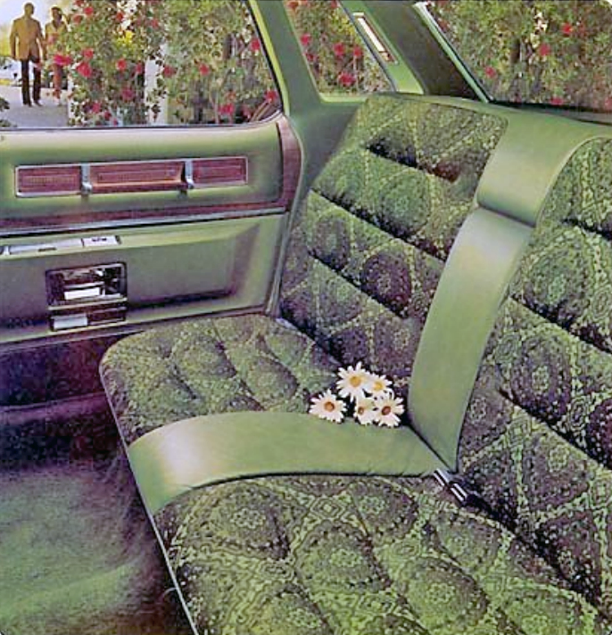1975 Cadillac Sedan DeVille interior