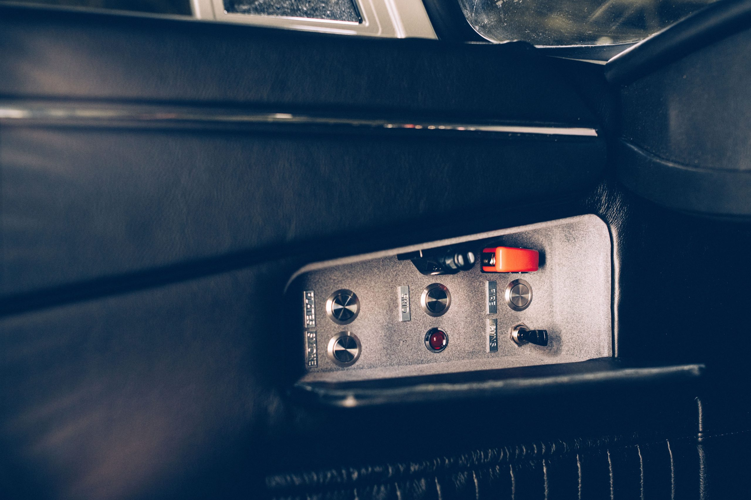 The Little Car Company No Time To Die DB5 switches