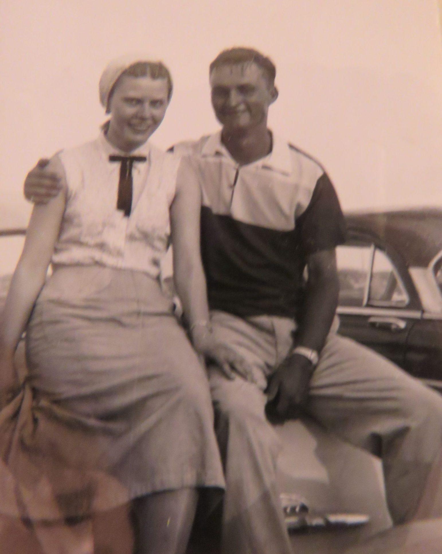 Vanderbrink - Krinke Collection - old pic of young Neil and Rosalie Krinke