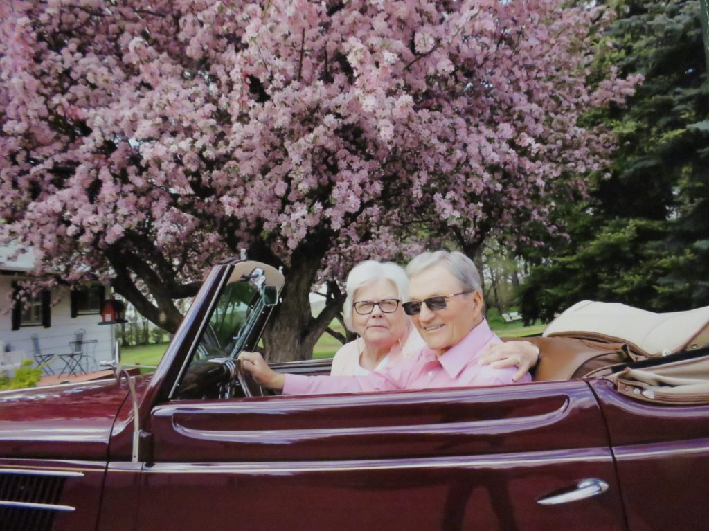 Vanderbrink - Krinke Collection - Neil and Rosalie Krinke