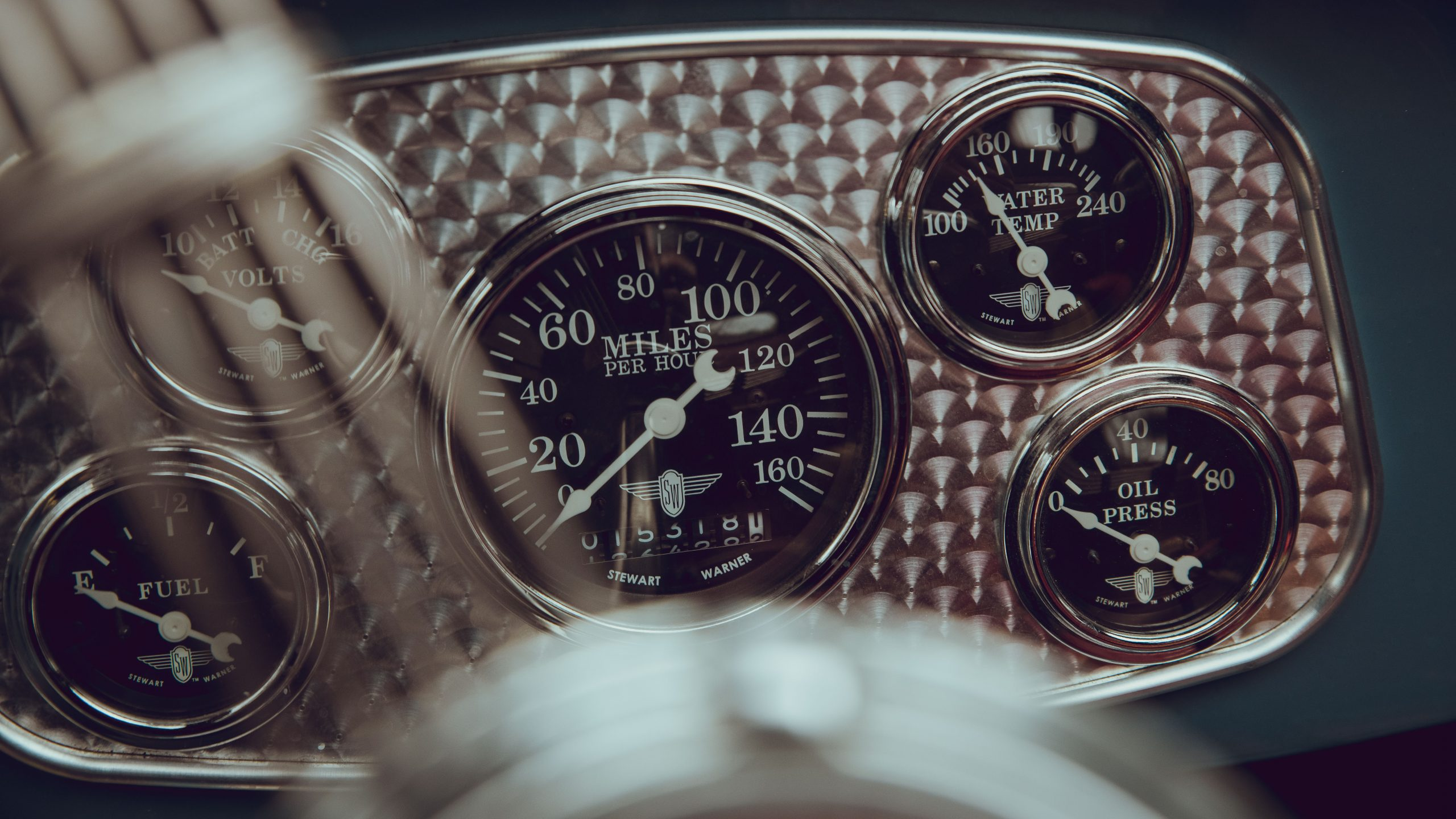 1933 Ford Coupe dash gauge detail