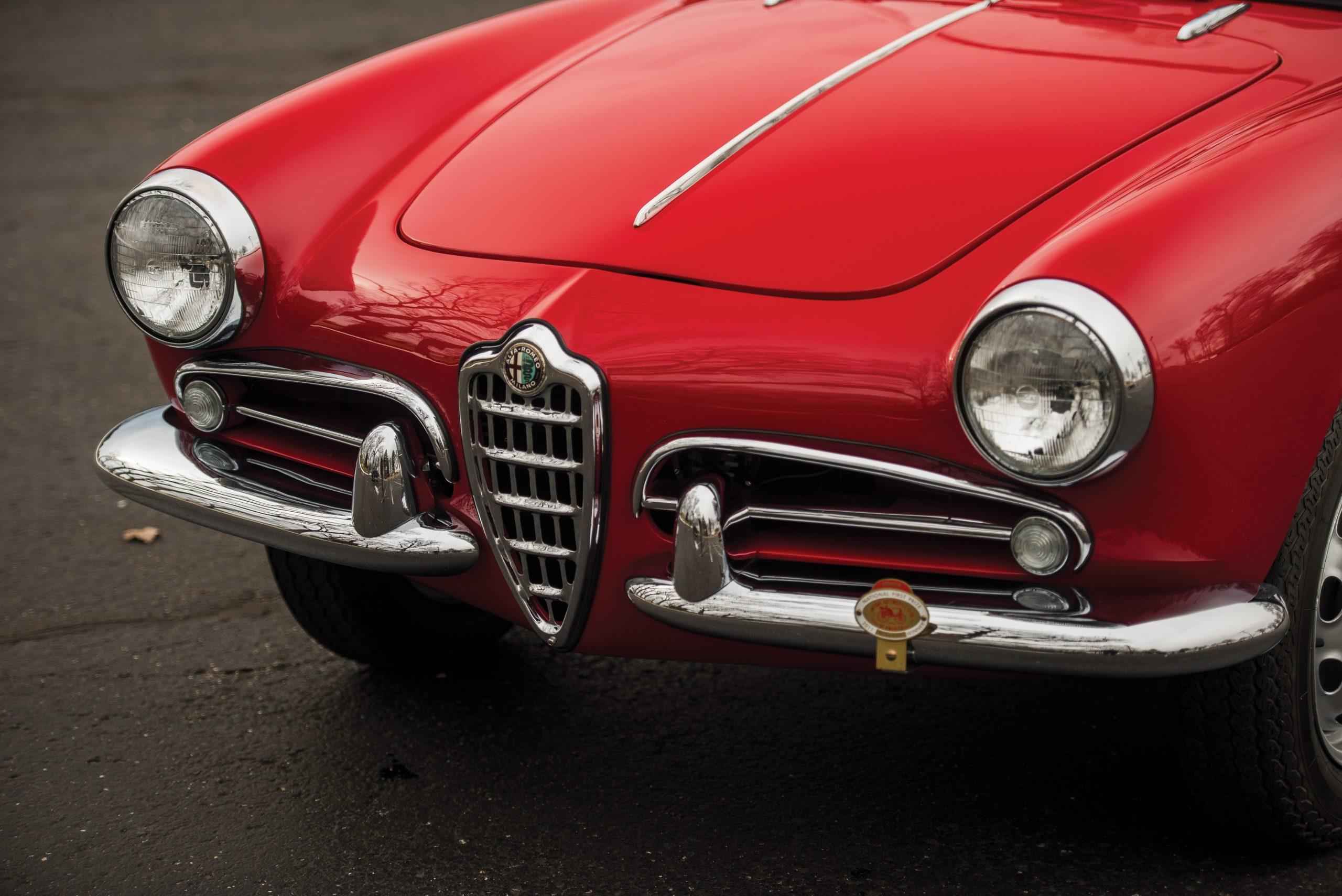 1959 Alfa Romeo Giulietta Spider front end