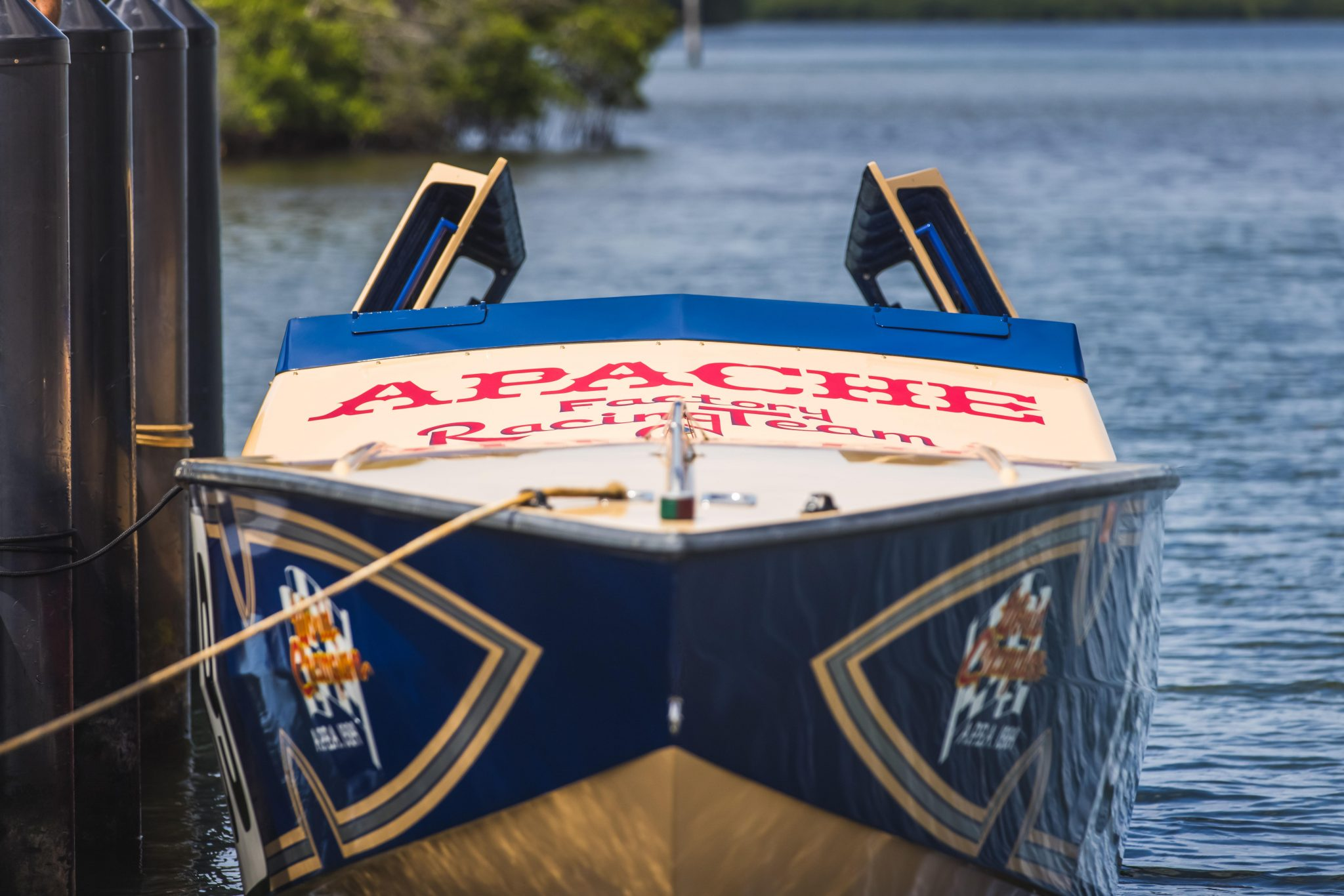 1984 Apache Offshore Powerboat Warpath front